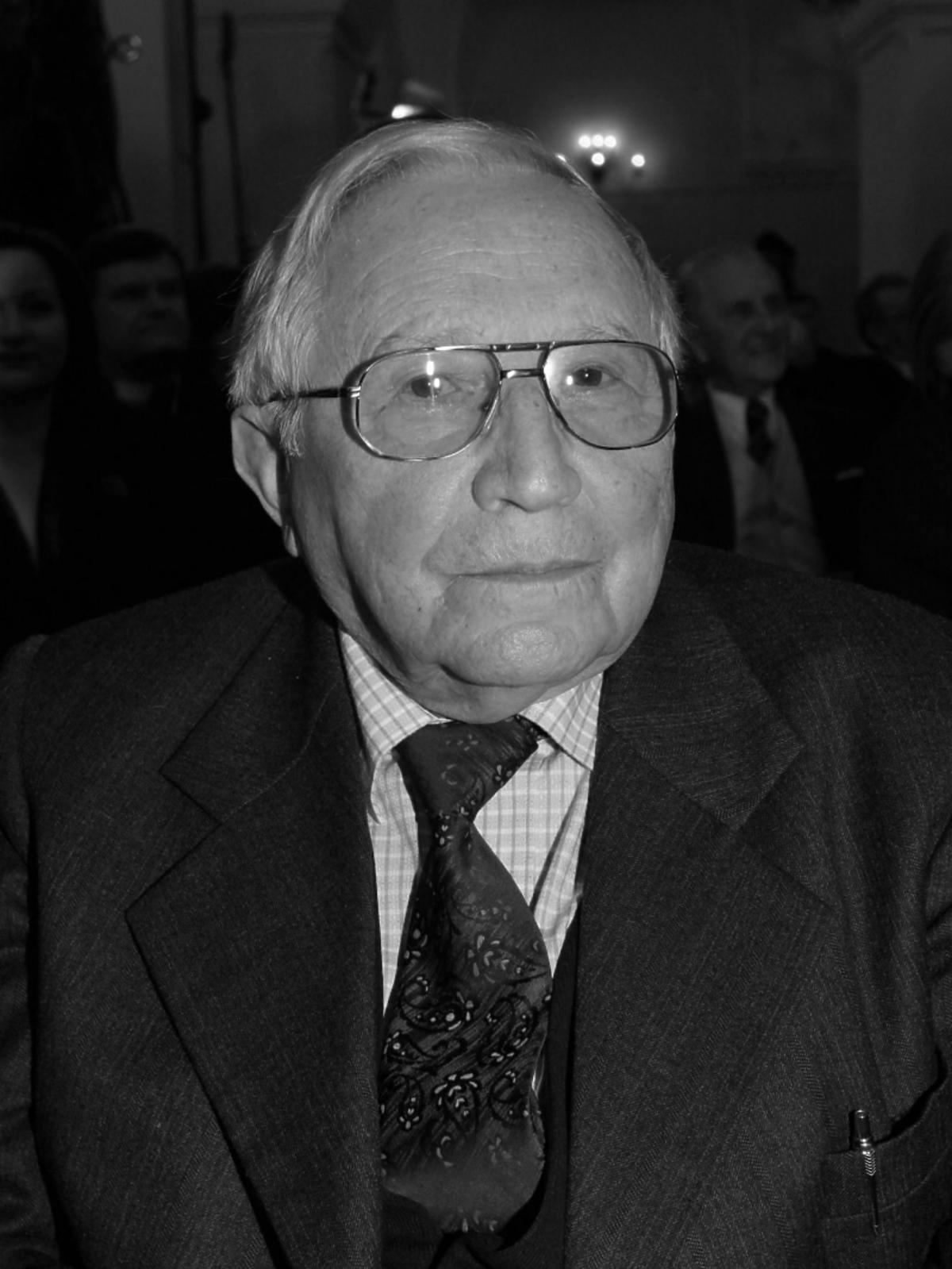 Tadeusz Różewicz nie żyje