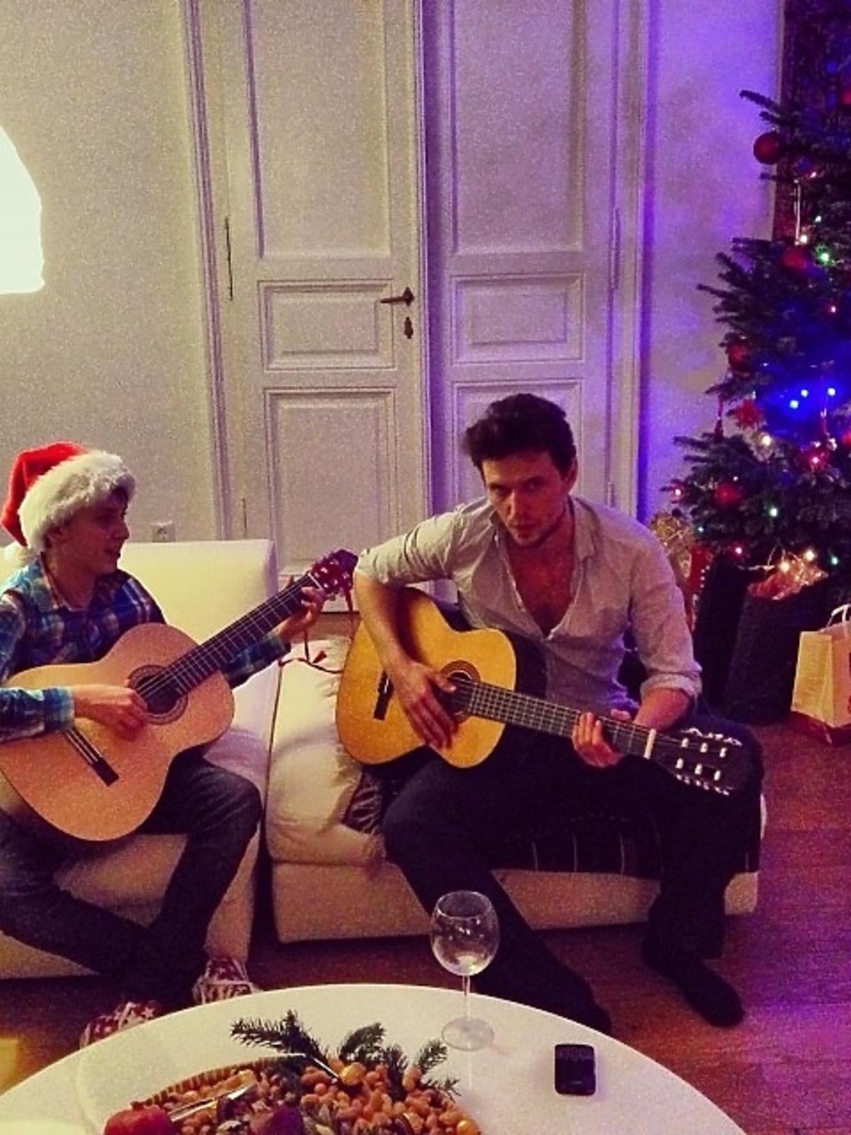 Tak święta Bożego Narodzenia spędza Anja Rubik i Sashy Knezevic