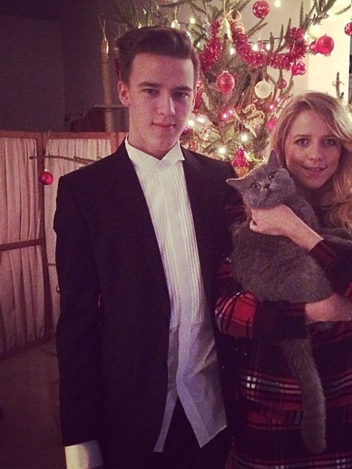 Tak święta Bożego Narodzenia spędza Jessica Mercedes z bratem Justinem