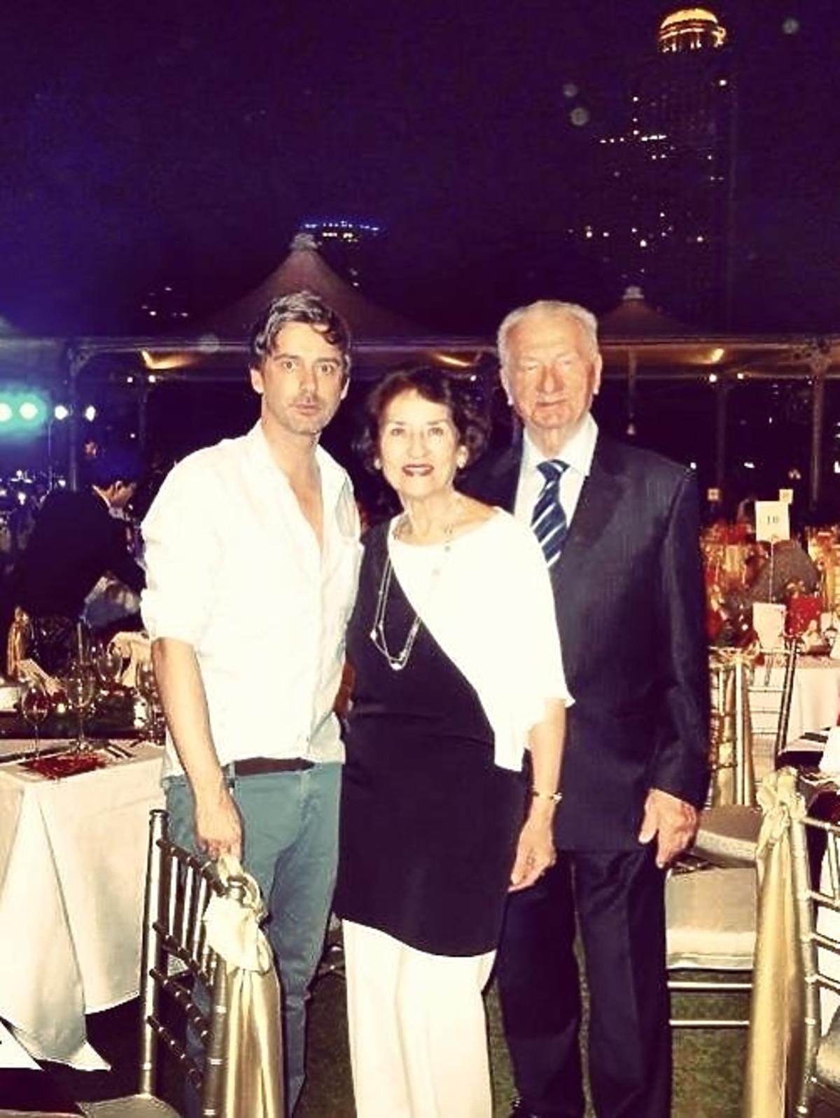 Tak święta Bożego Narodzenia spędza Marcin Tyszka z rodzicami w Dubaju