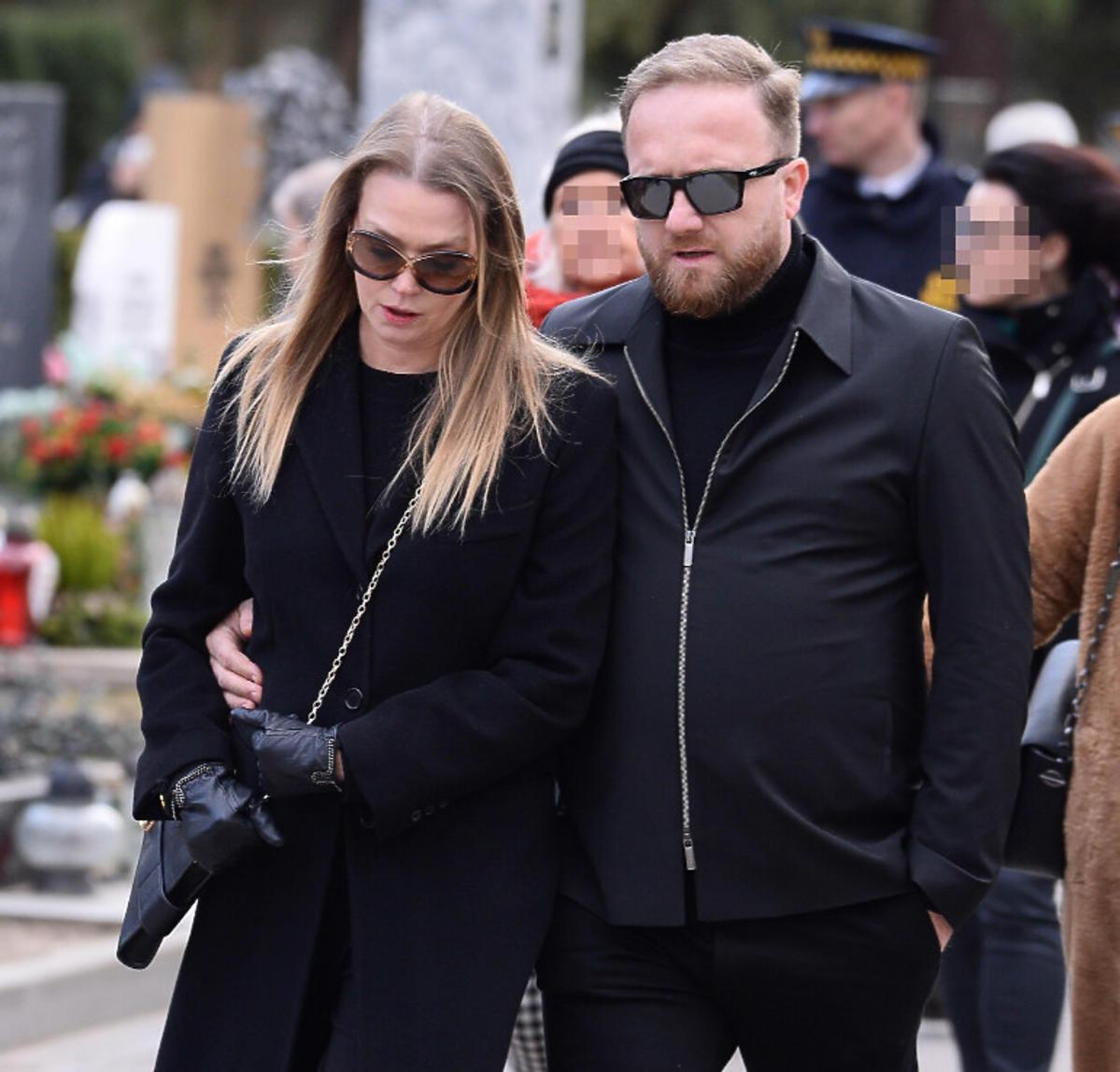 Tamara Arciuch i Bartek Kasprzykowski na pogrzebie Pawła Królikowskiego