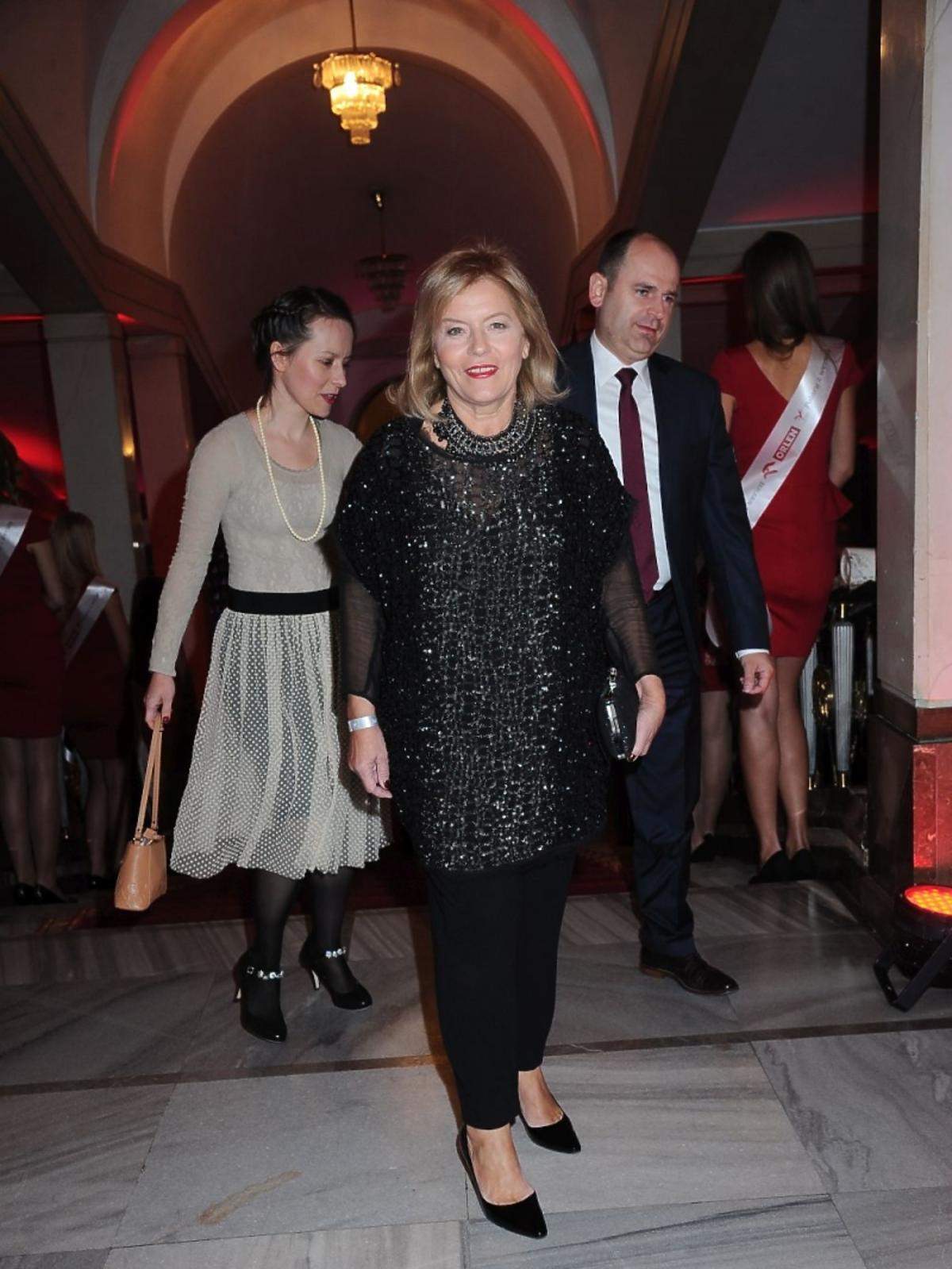 Teresa Rosati w czarnej sukience