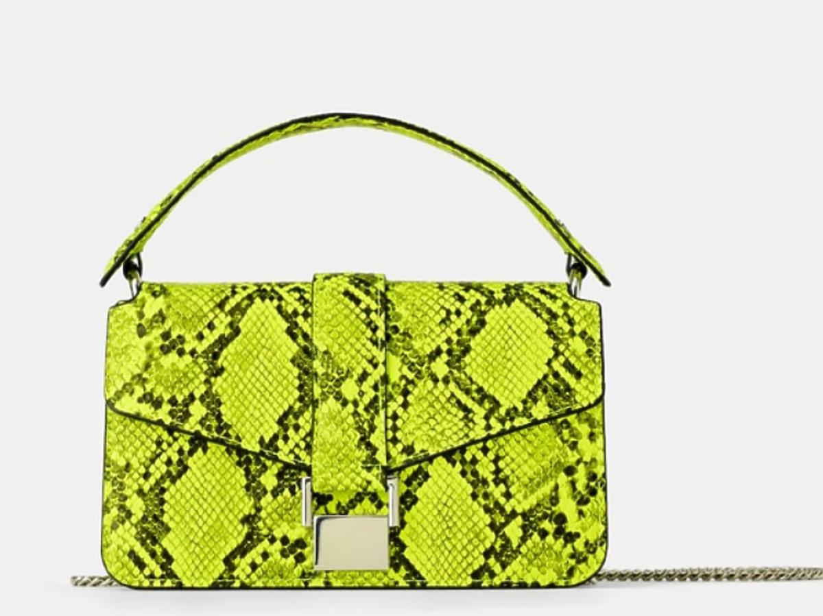 torebka we wzór węża zielona neonowa z Zara