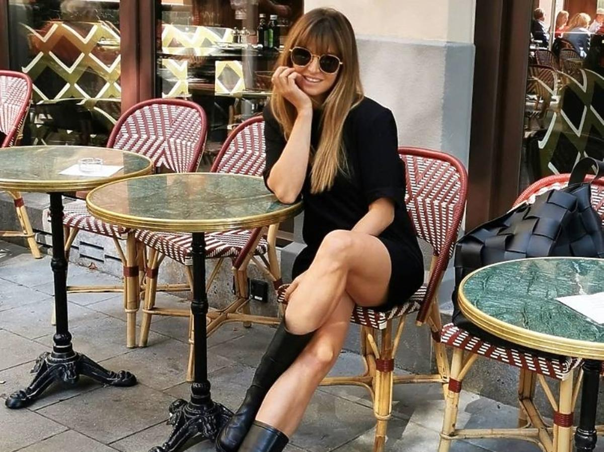 Trendy jesień 2020  Anna Lewandowska w czarnej sukience