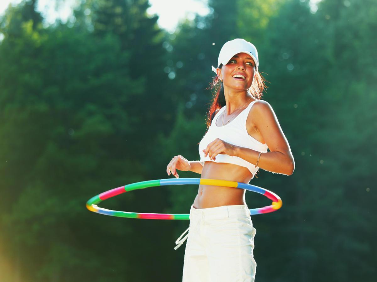 Trening z hula hop
