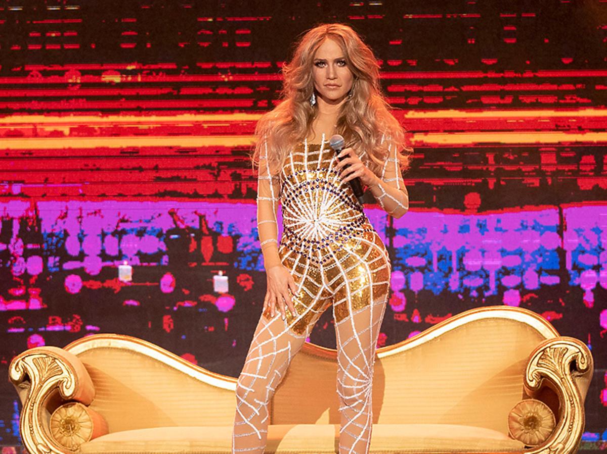 TTBZ Katarzyna Dąbrowska jako Jennifer Lopez
