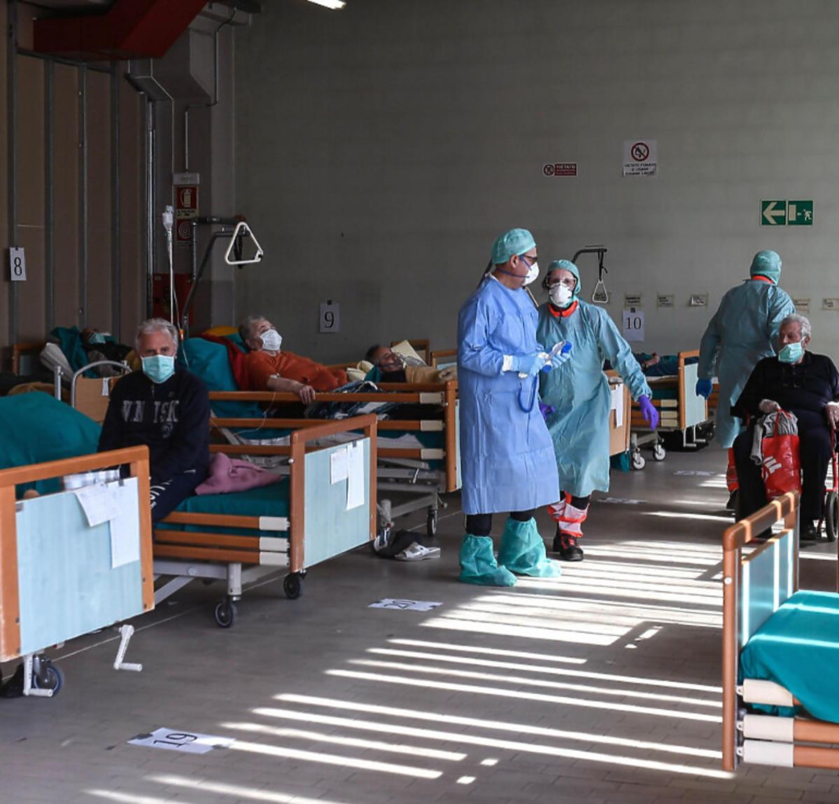 Tymczasowe szpitale we Włoszech
