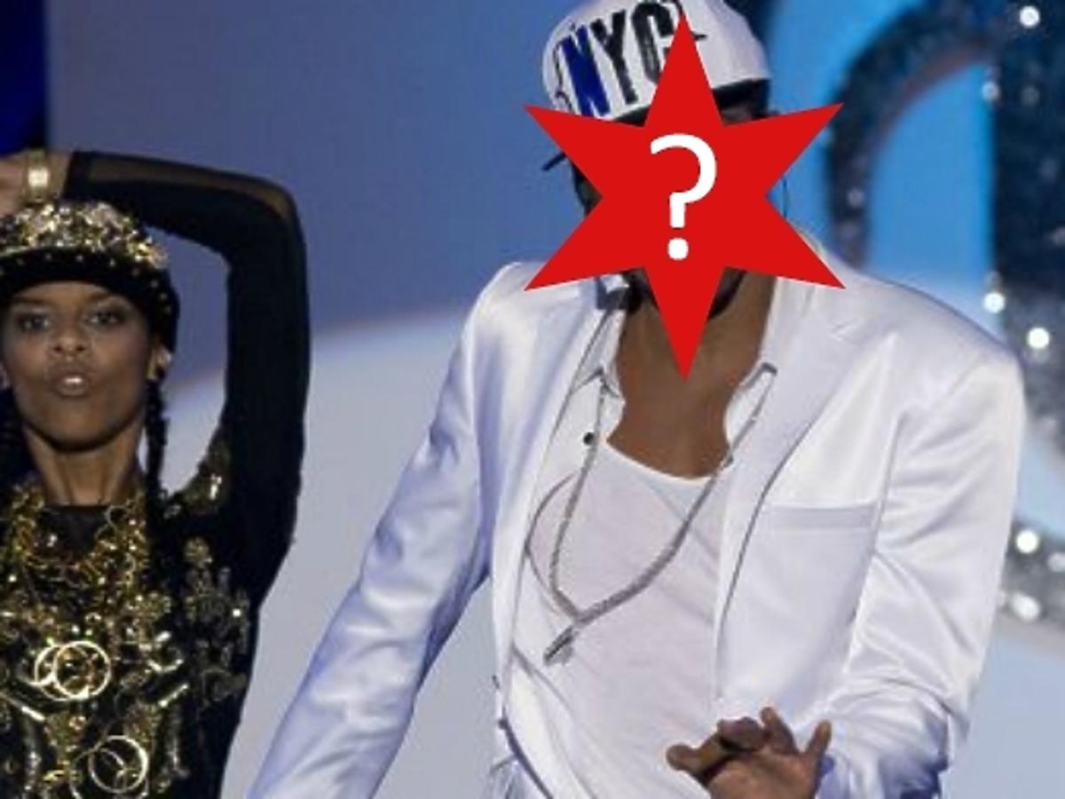 Usher w Twoja Twarz Brzmi Znajomo