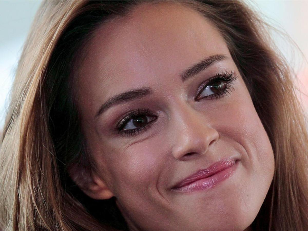 Uśmiechnięta Alicja Bachleda-Curuś