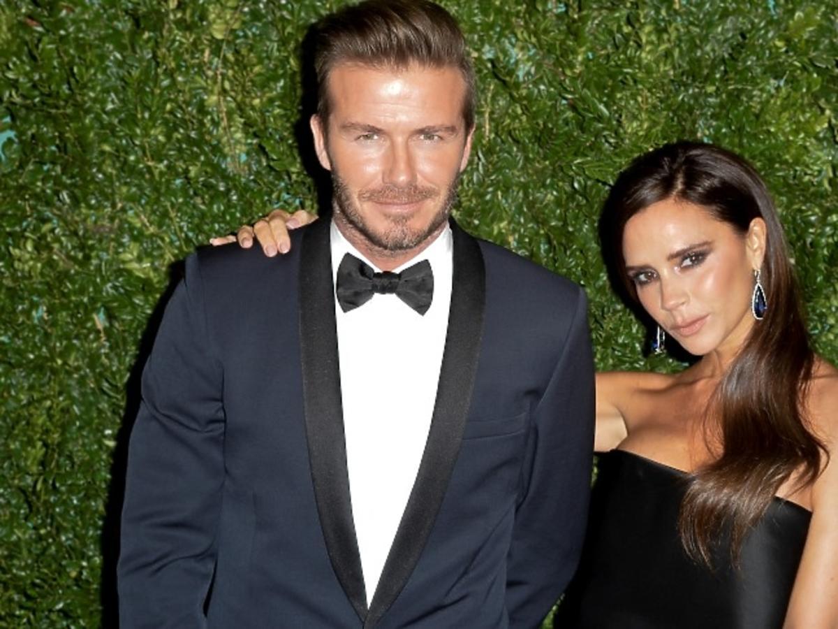Victoria Beckham w czarnej sukience