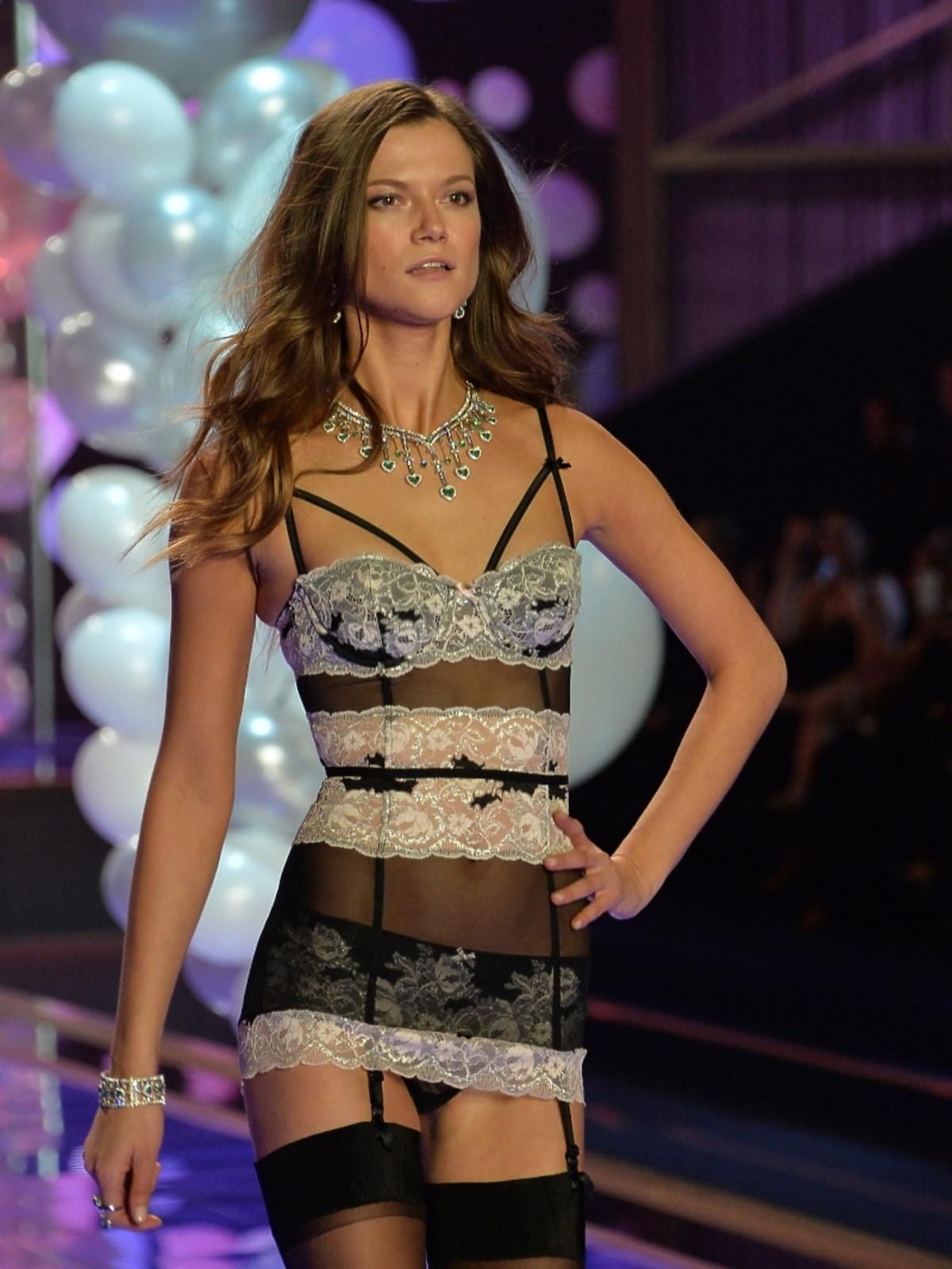 Victoria's Secret Show 2014 - Kasia Struss