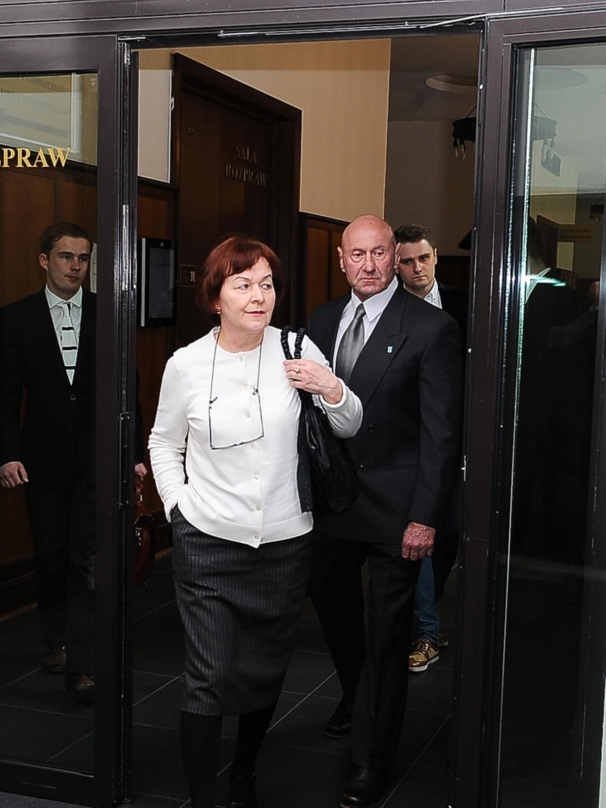 Wanda i Paweł Rabczewscy w sądzie