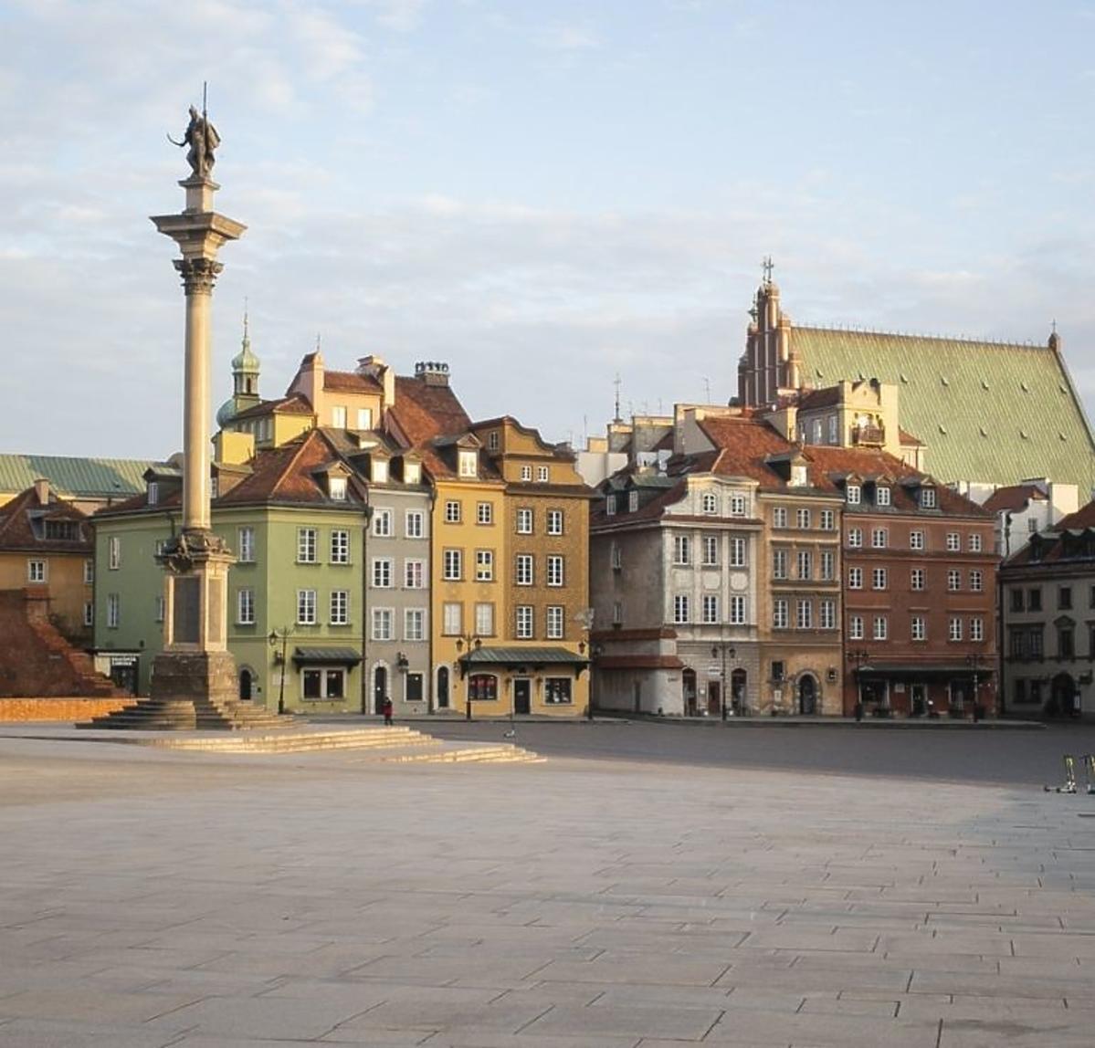Warszawa - pustki na ulicach przez koronawirusa