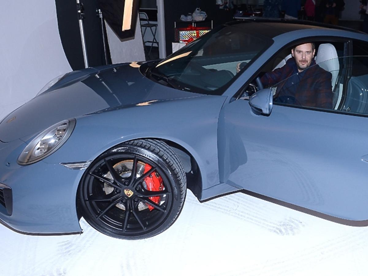 Wojciech Modest Amaro w samochodzie