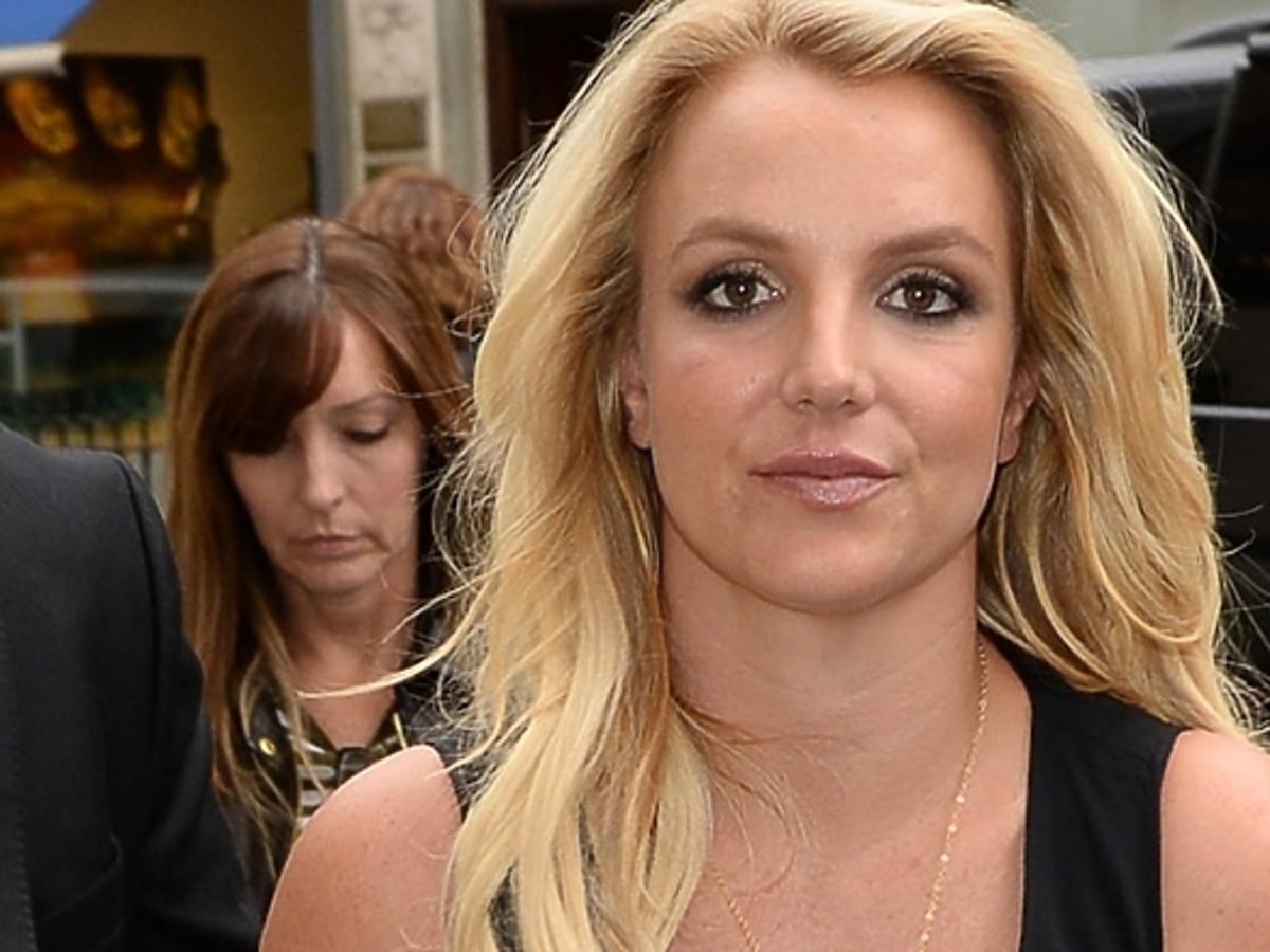 Wpadka Britney na koncercie