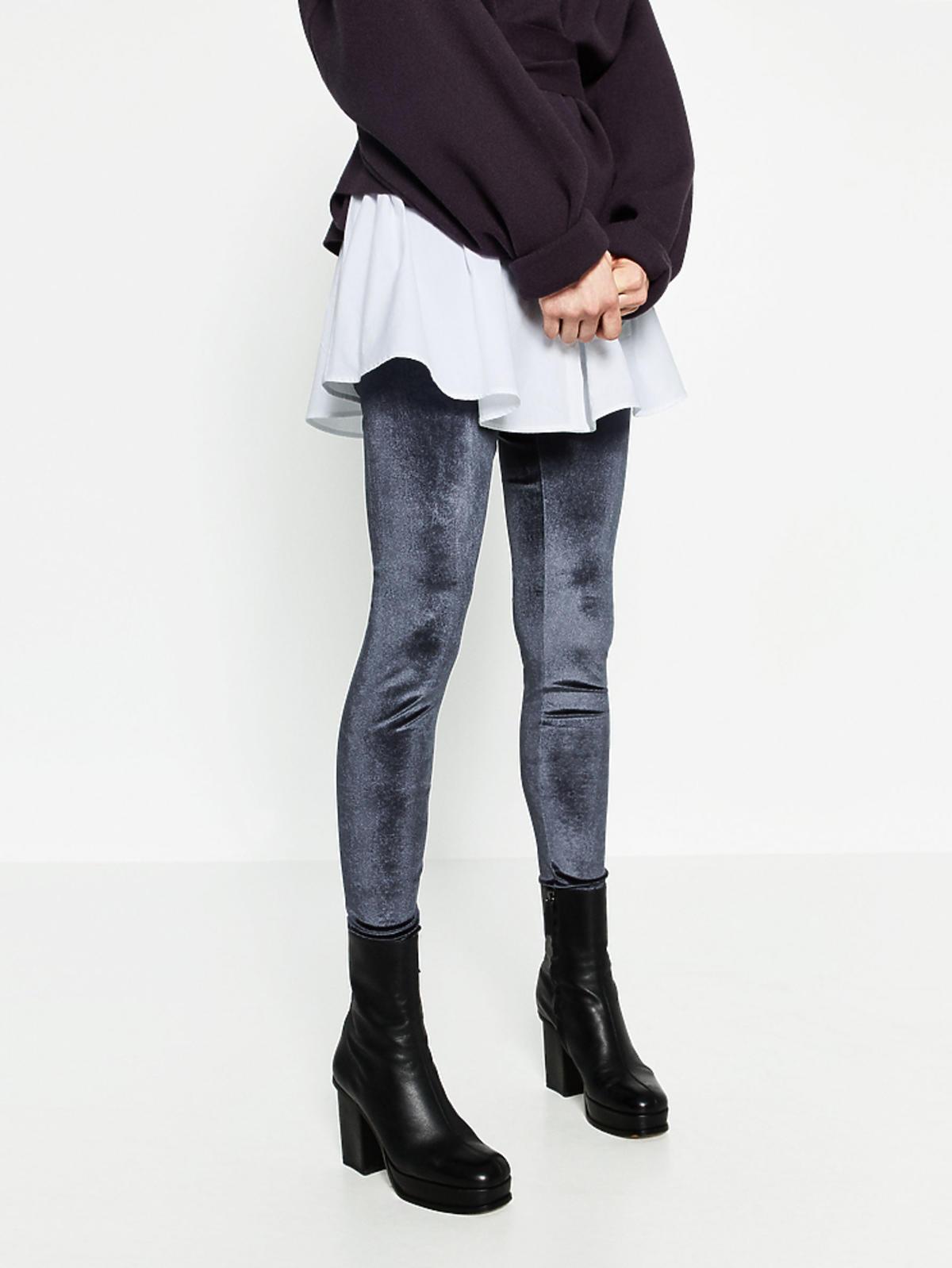 Wyprzedaż zimowa 2016: Aksamitne legginsy, Zara, przecenione z 69,90 zł na 39,90 zł