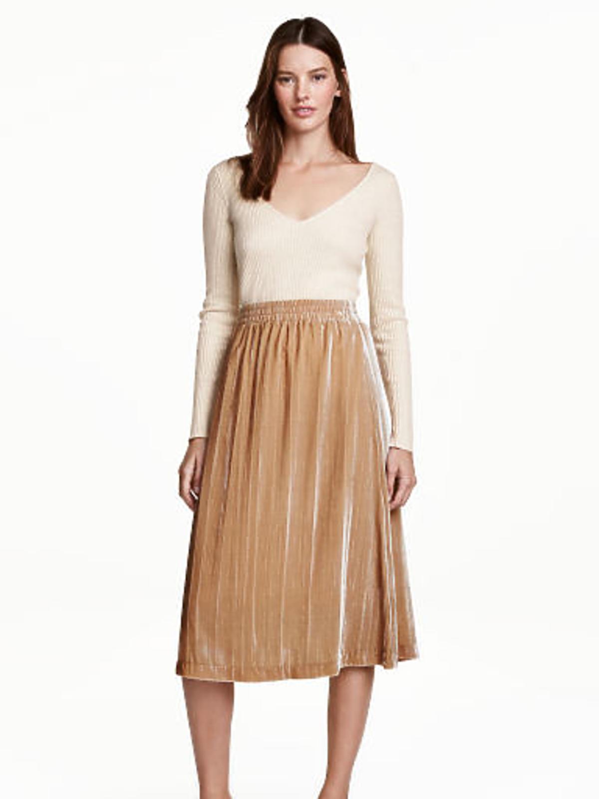 Wyprzedaże H&M zima 2016 - przeceny do 100 zł: Aksamitna spódnica, 89,90 zł (było: 149,90 zł)
