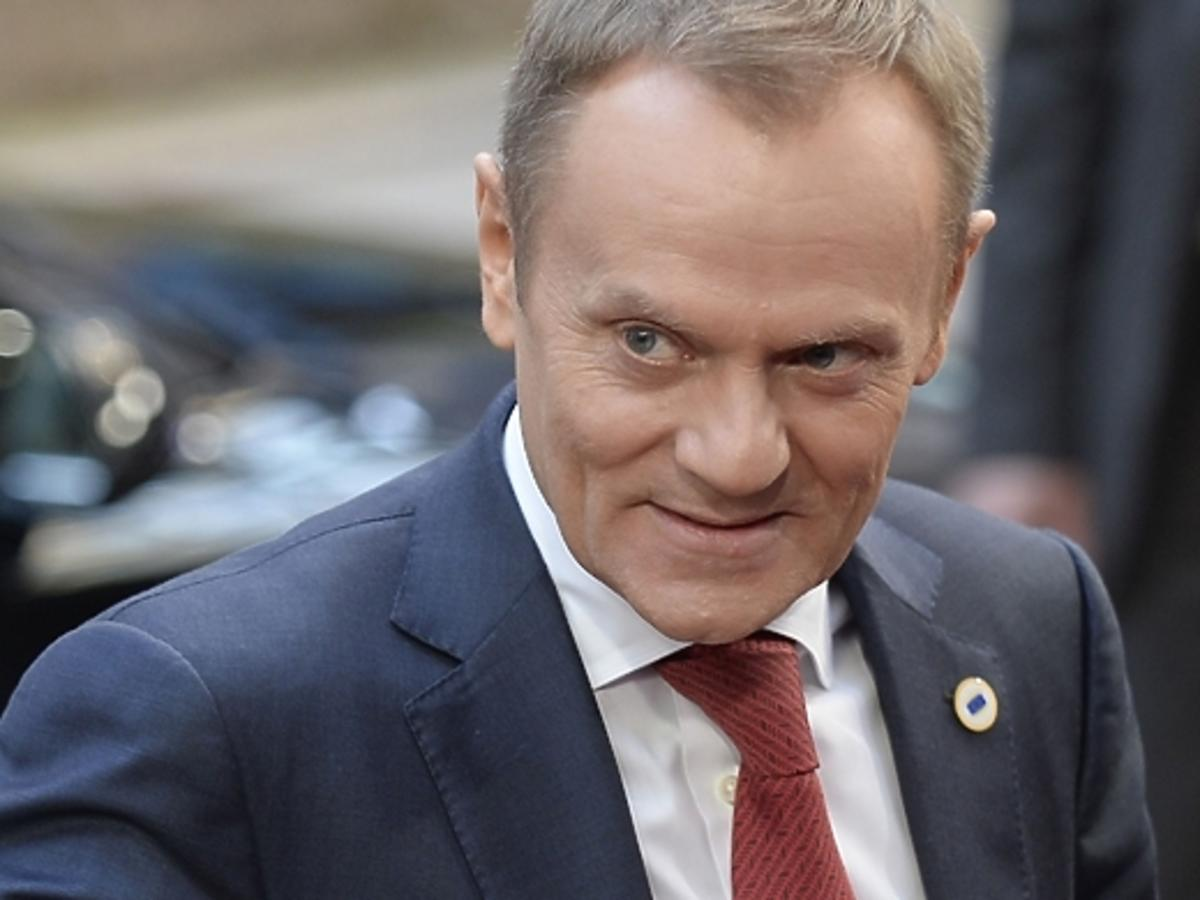 Zarobki Donalda Tuska w UE