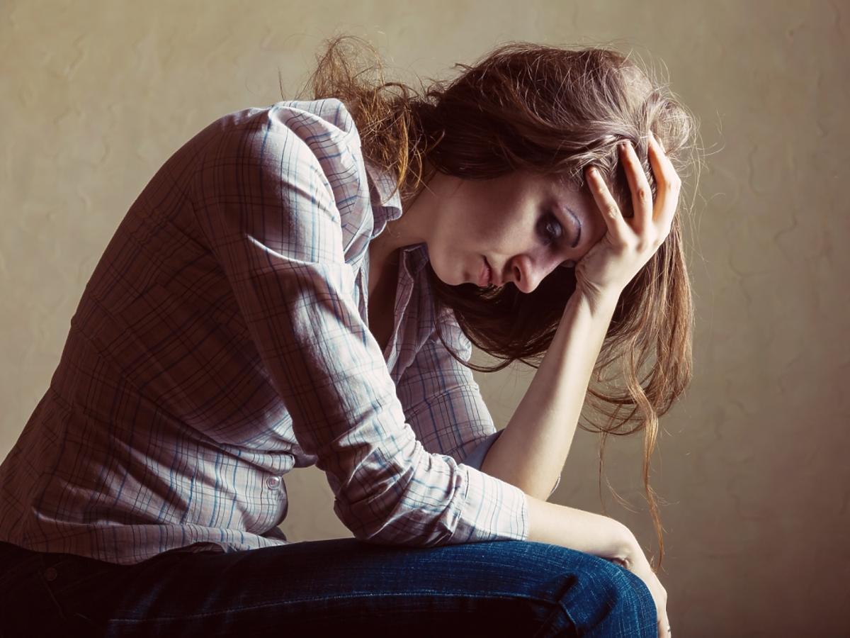 zasmucona kobieta