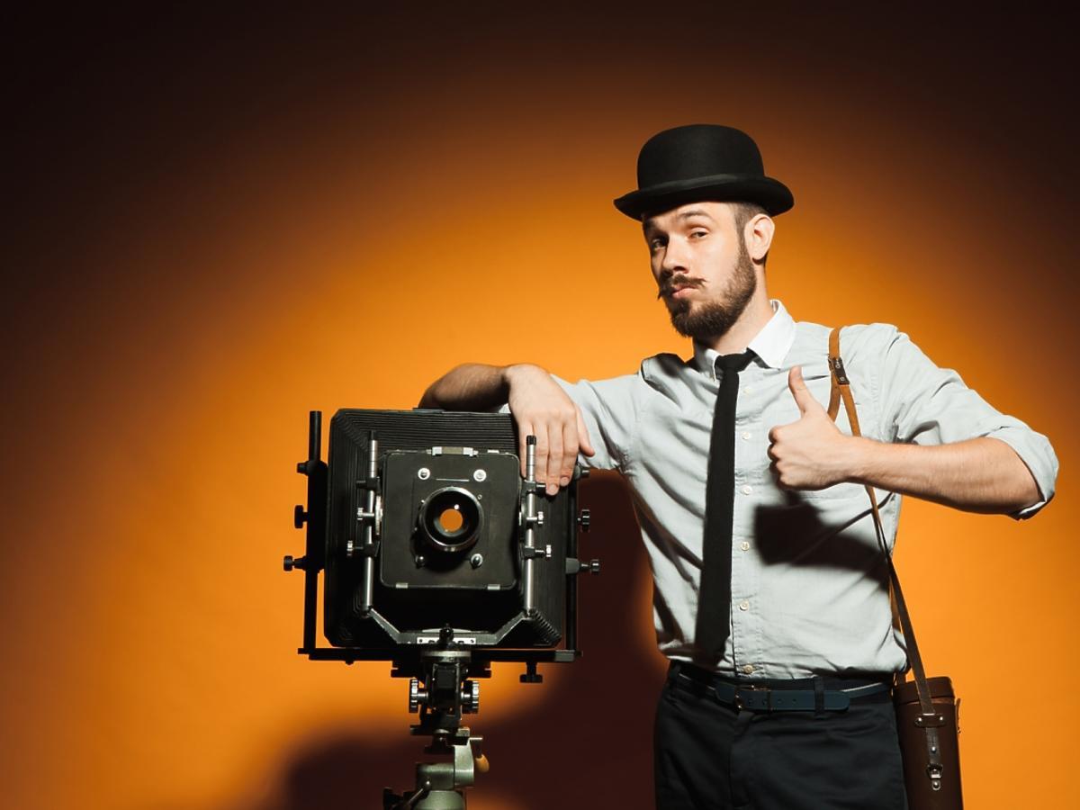 Zawód fotografa wykonywany kiedyś.