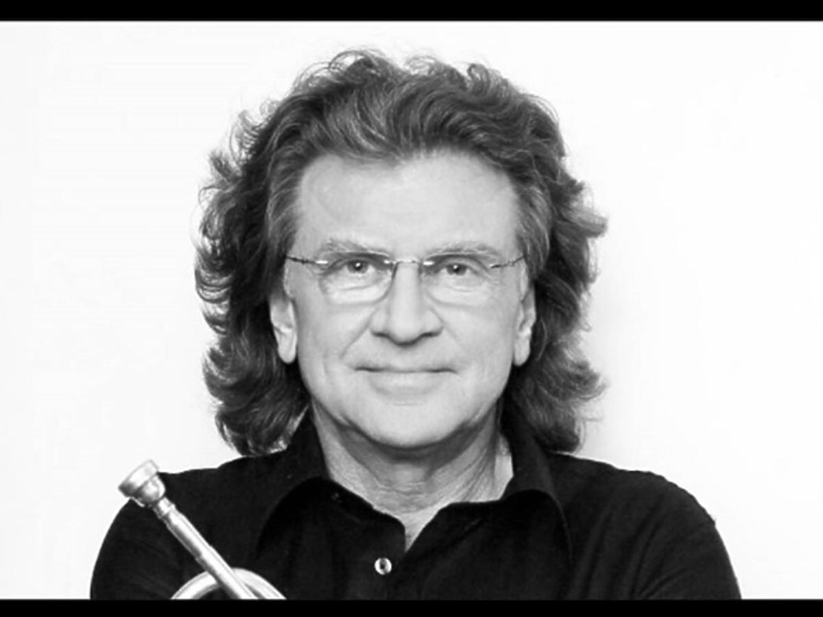 Zbigniew Wodecki w okularach