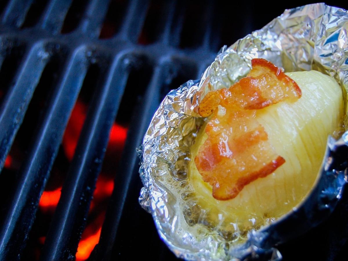 Ziemniak pieczony w folii