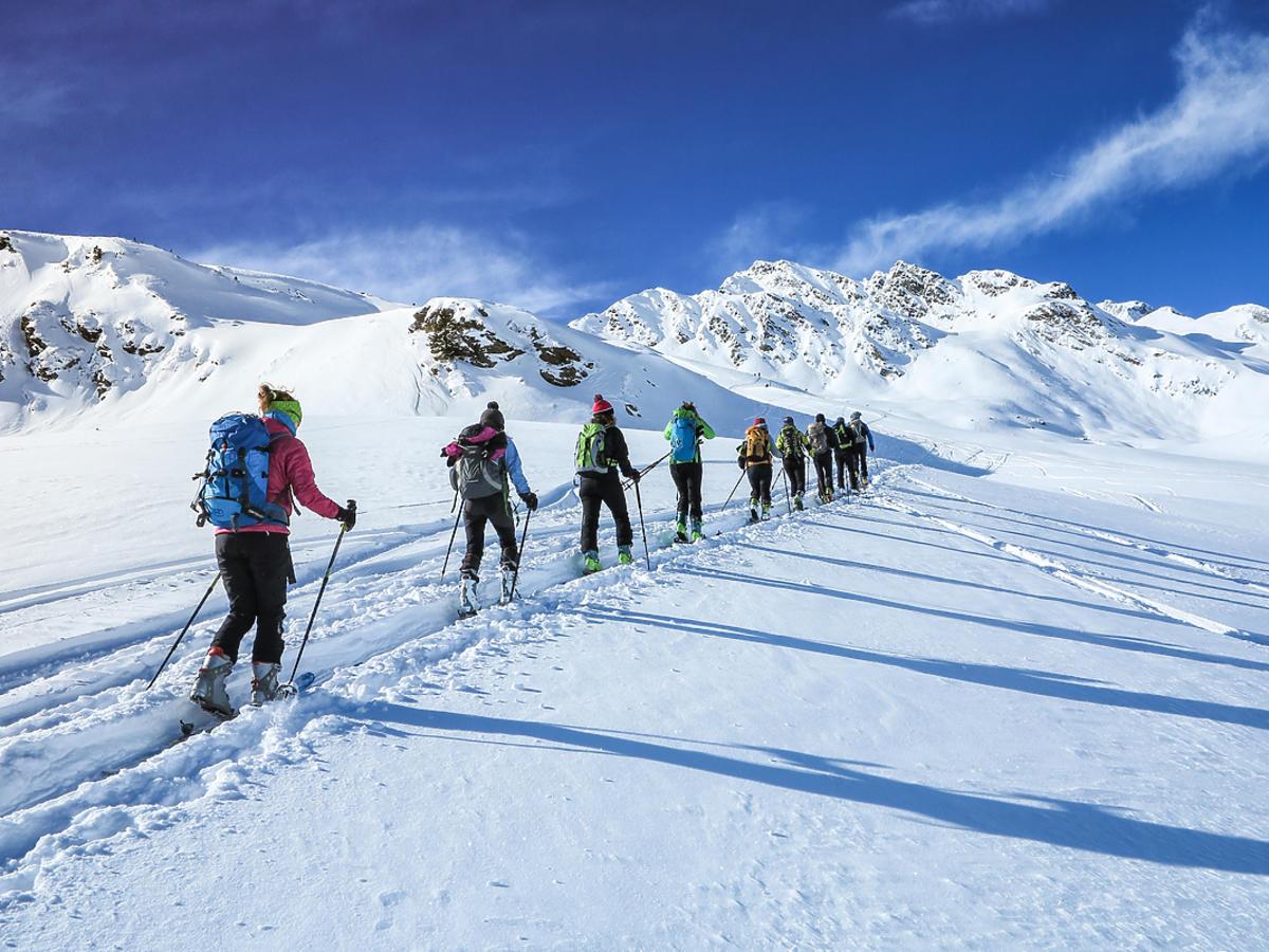 Zimowy wyjazd w góry – co należy ze sobą zabrać?