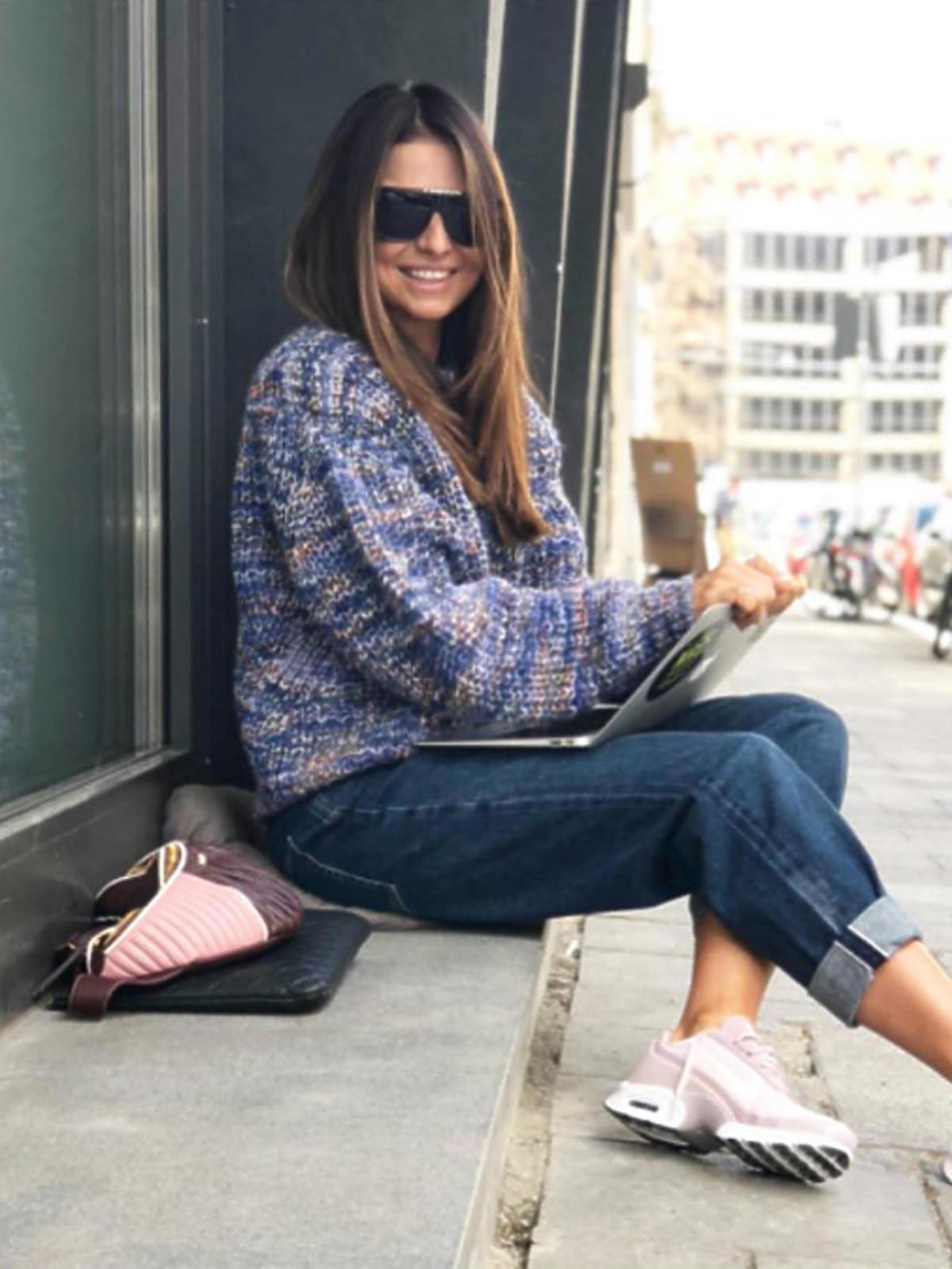 Anna Lewandowska w spodniach mom jeans