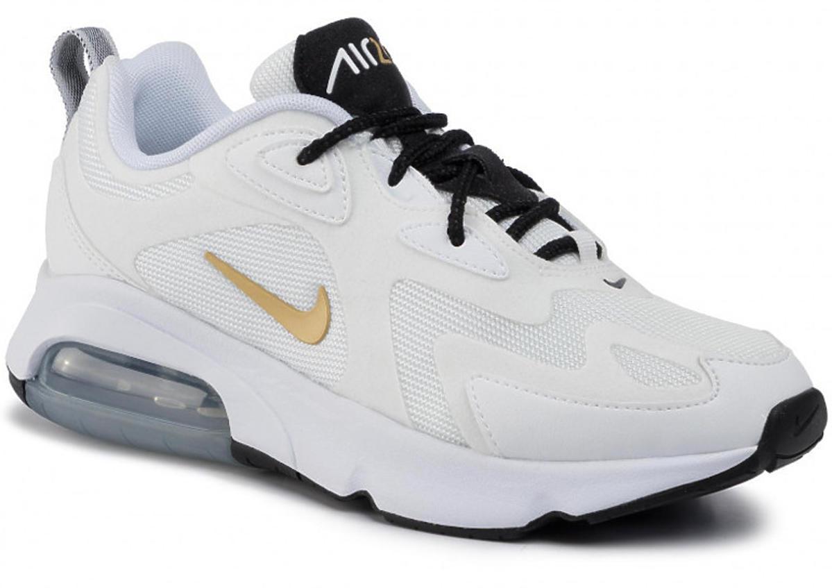 Białe sneakersy, 379 zł, NIKE