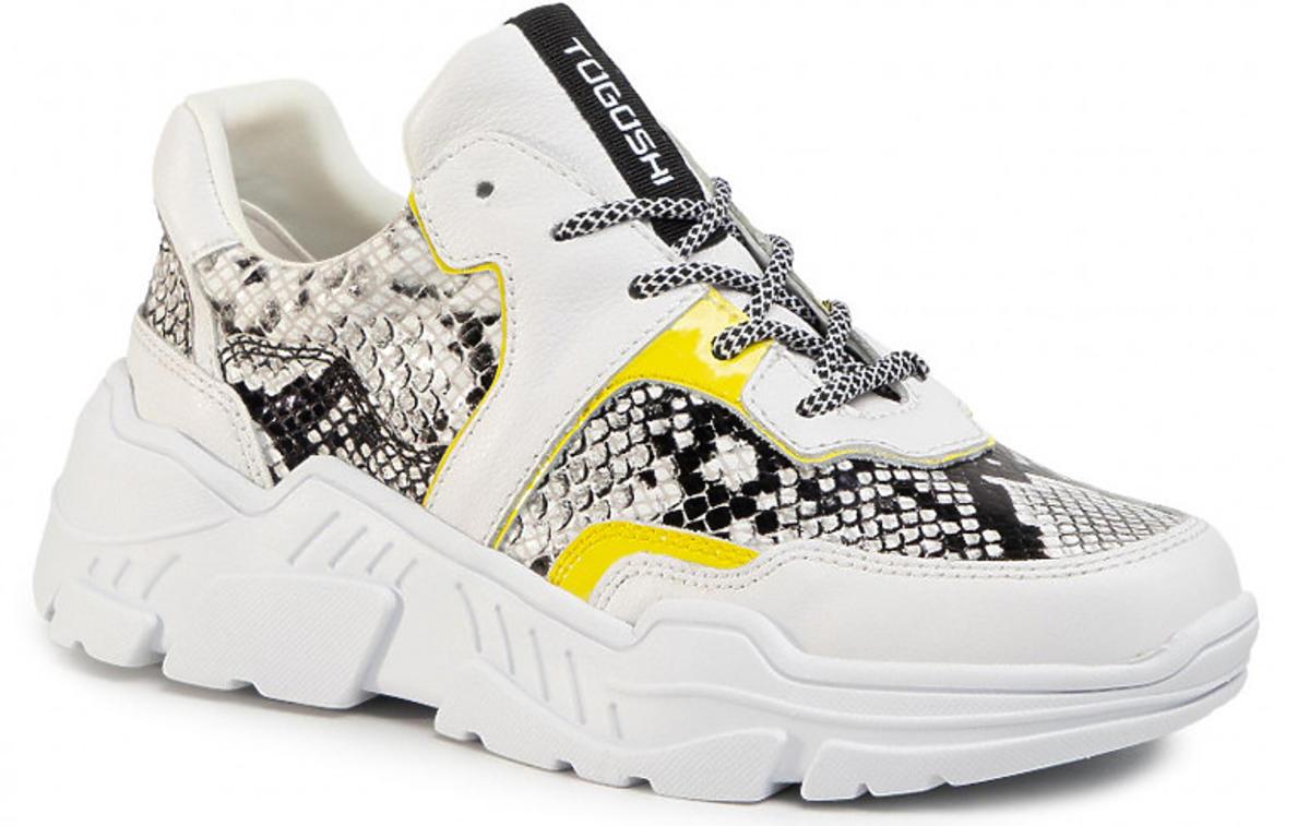 Białe sneakersy Togoshi z wężowymi i fluorescencyjnymi żółtymi wstawkami