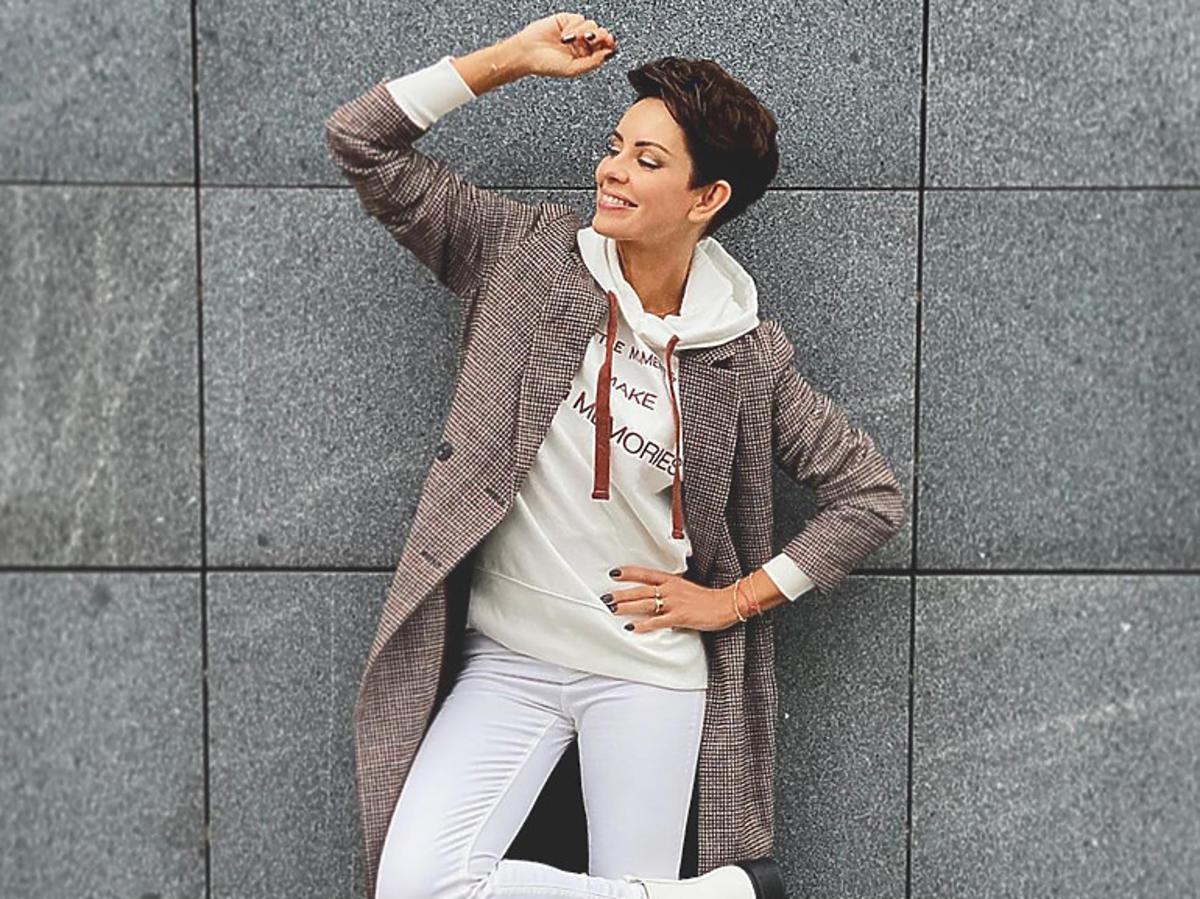 Dorota Gardias w płaszczu z Sinsay za grosze! Jest ładniejszy niż kultowy model z Zary