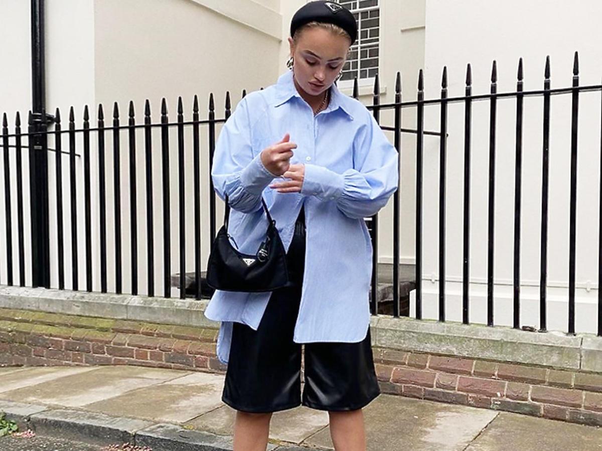 Dziewczyna w casualowej stylizacji i białych sneakersach Calvin Klein