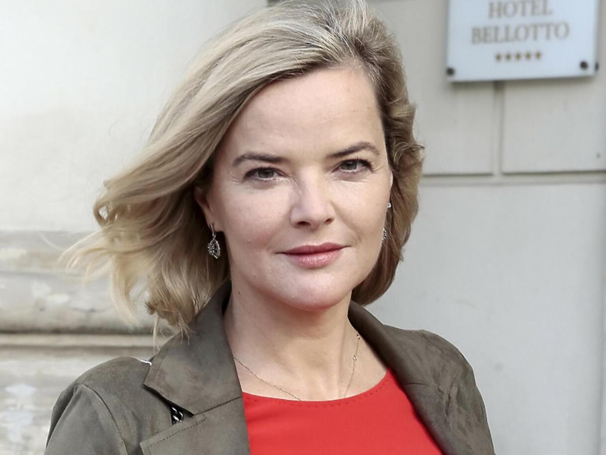 Monika Zamachowska w czerwonej sukience