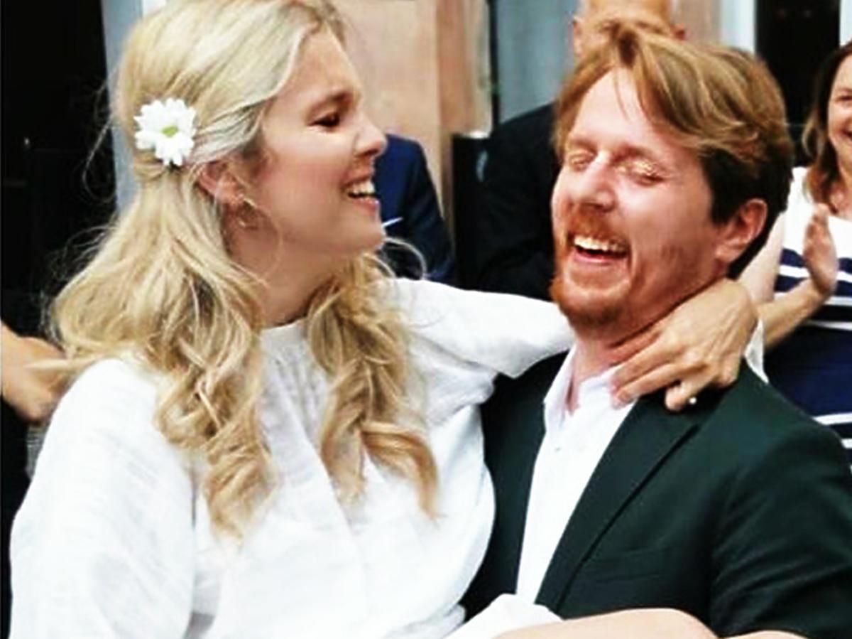 """Gwiazda """"Top Model"""" wyszła za mąż! Zdecydowała się na bardzo oryginalną suknię ślubną"""