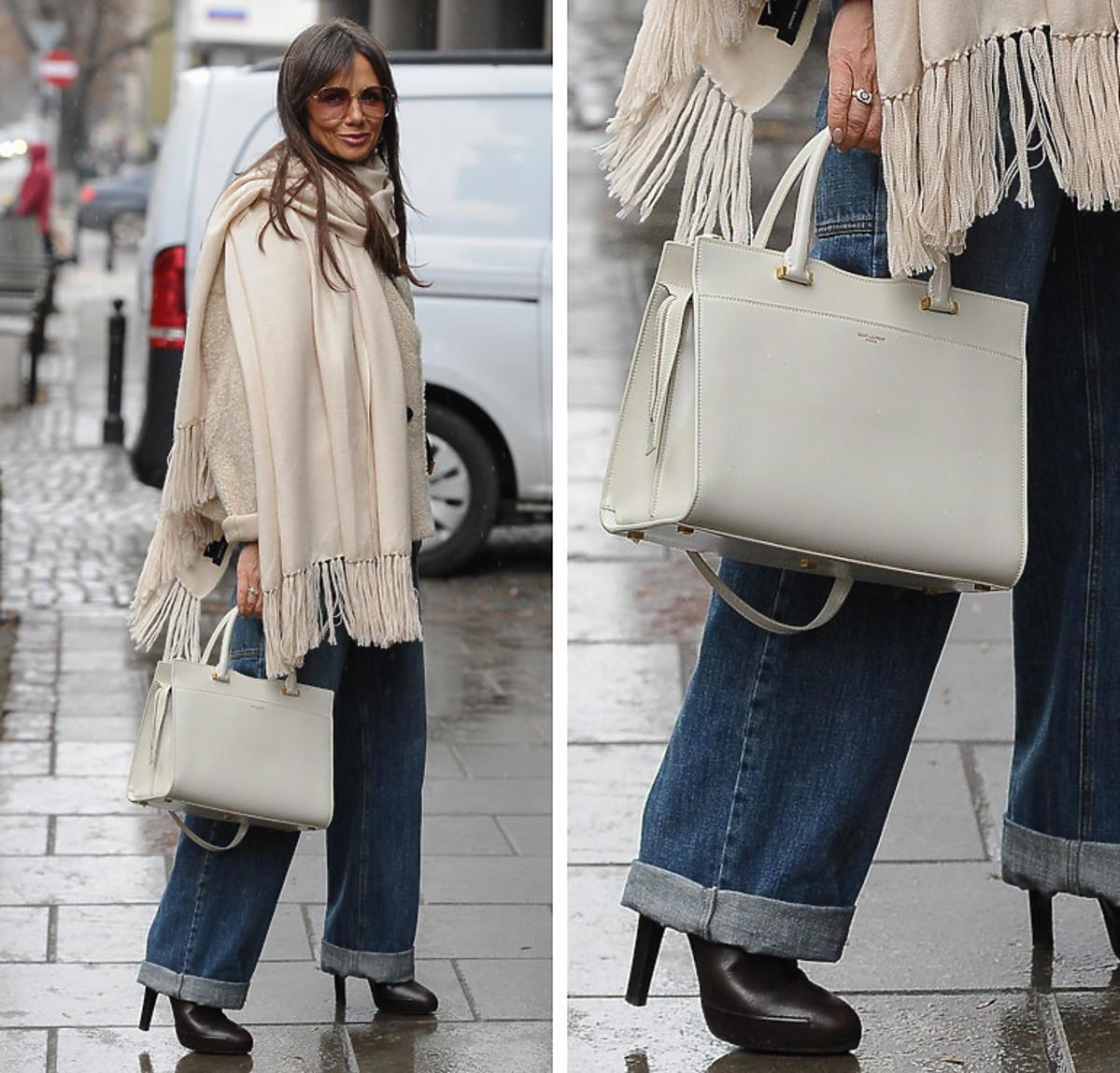 Kinga Rusin wybrała jasną torebkę