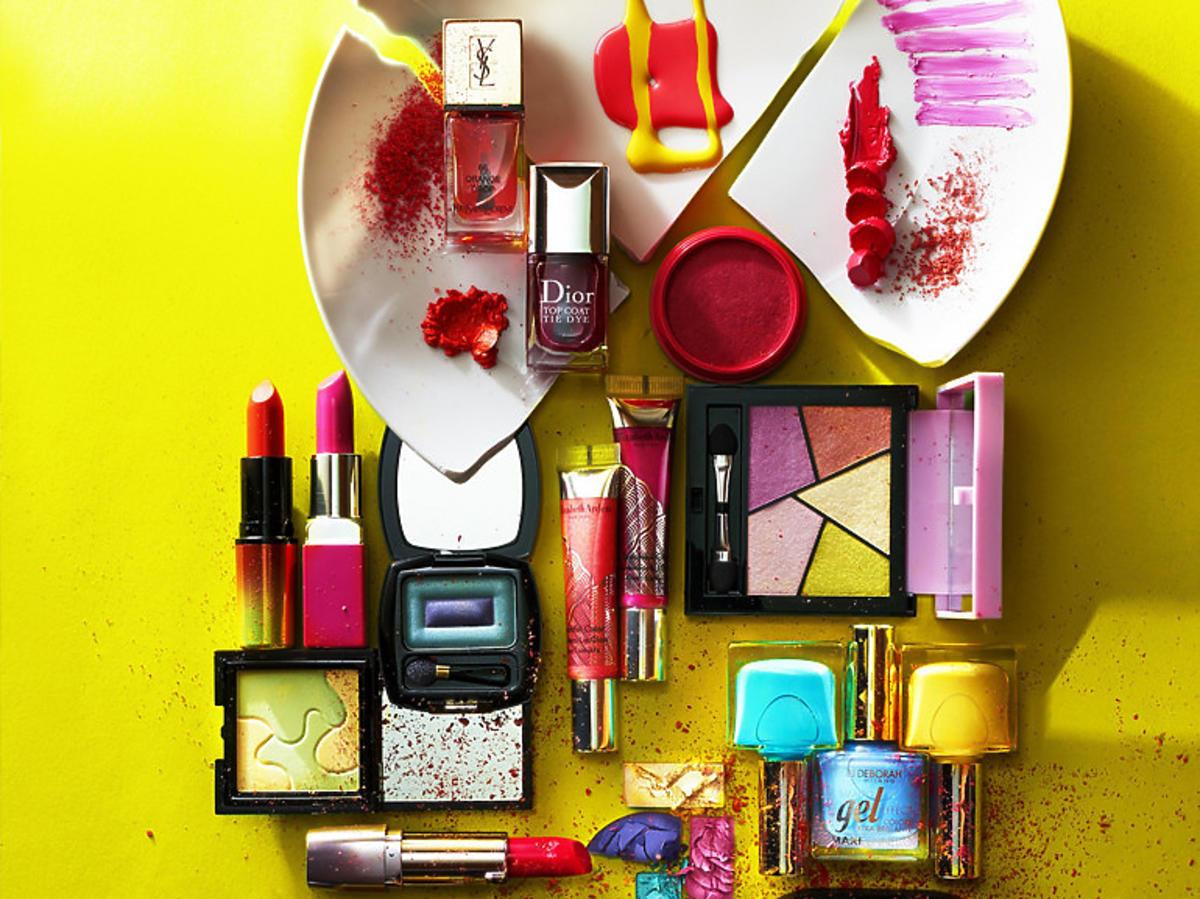 Kolorowe kosmetyki do makijażu
