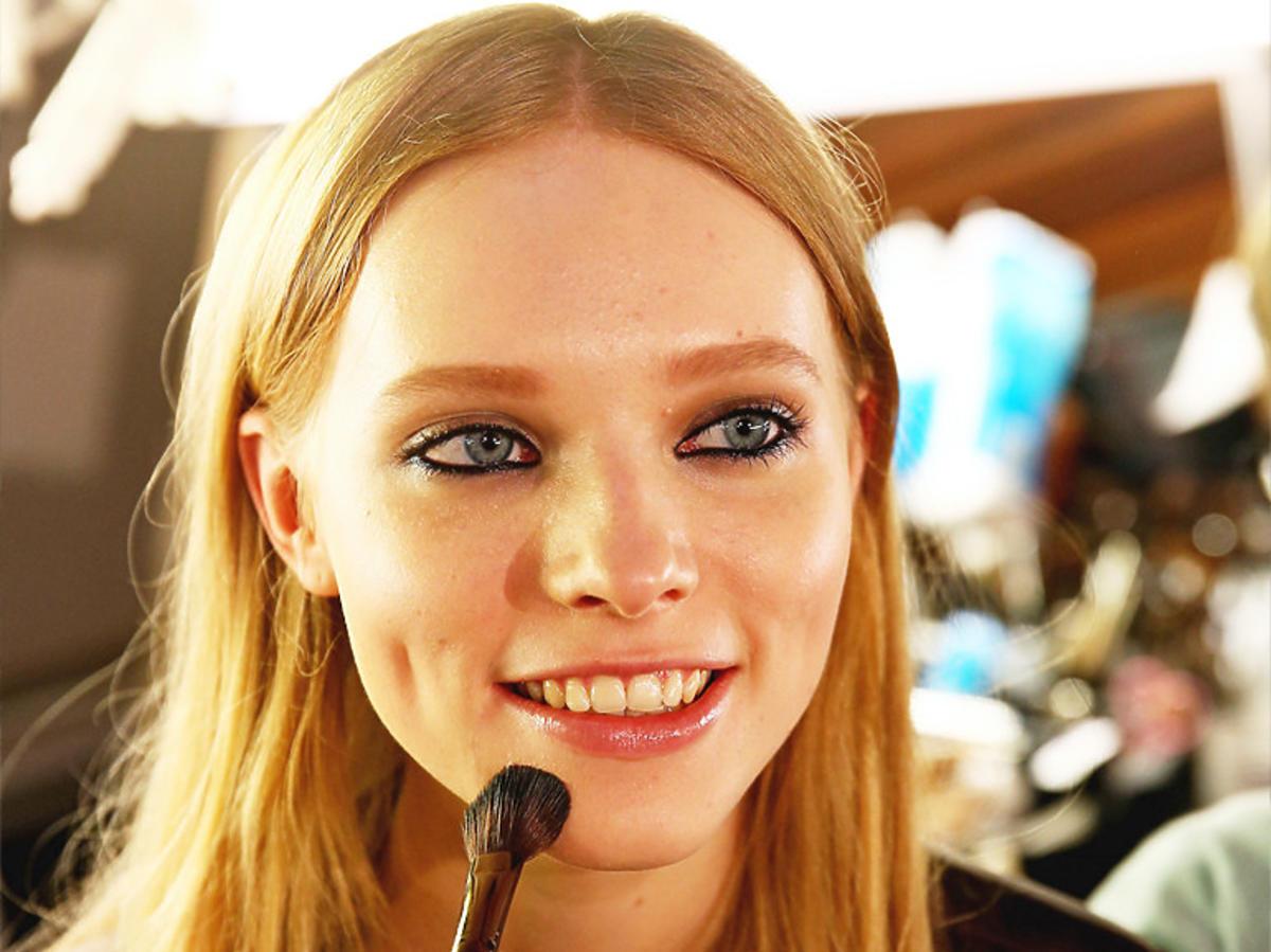 Makijaż w Rossmannie promocje marzec 2020