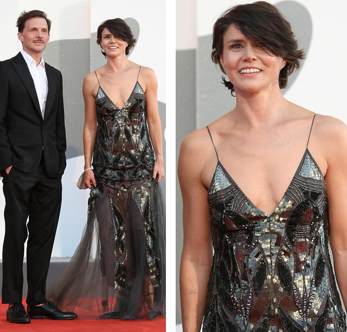 Małgorzata Szumowska z srebrnej sukni maxi na Festiwalu Filmowym w Wenecji