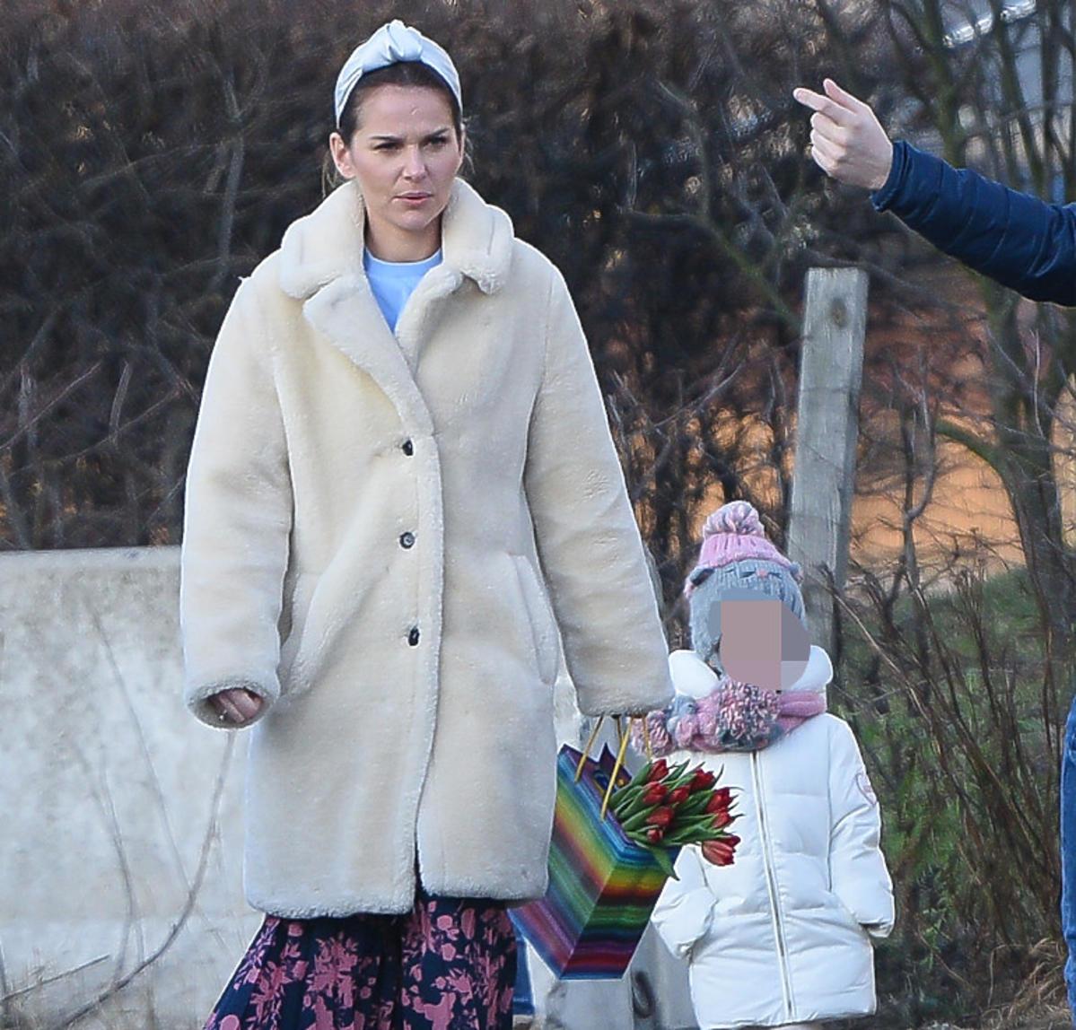 Paulina Sykut-Jeżyna z córką Różą