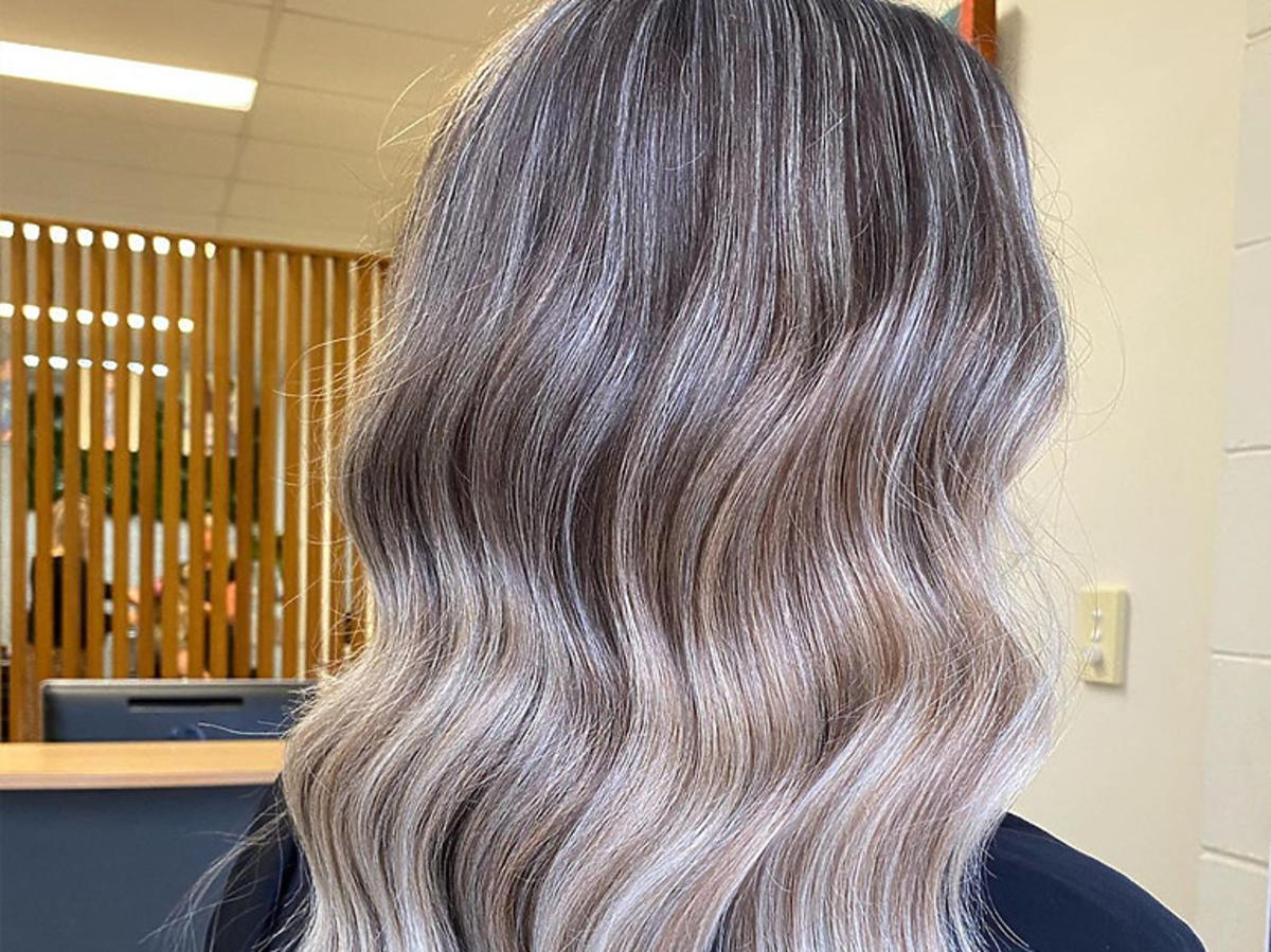 Smoky Hair - modne fryzury jesień-zima 2020/2021