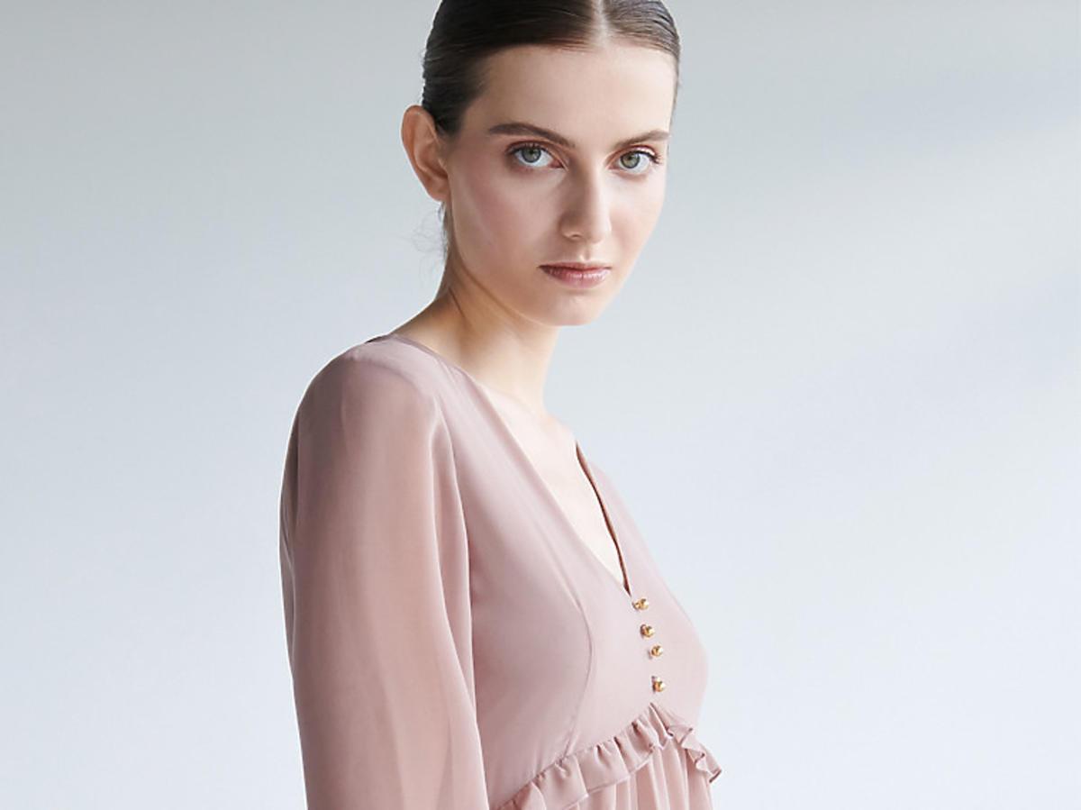 Sukienka w kolorze pudrowego różu, Sinsay, 19,99 zł