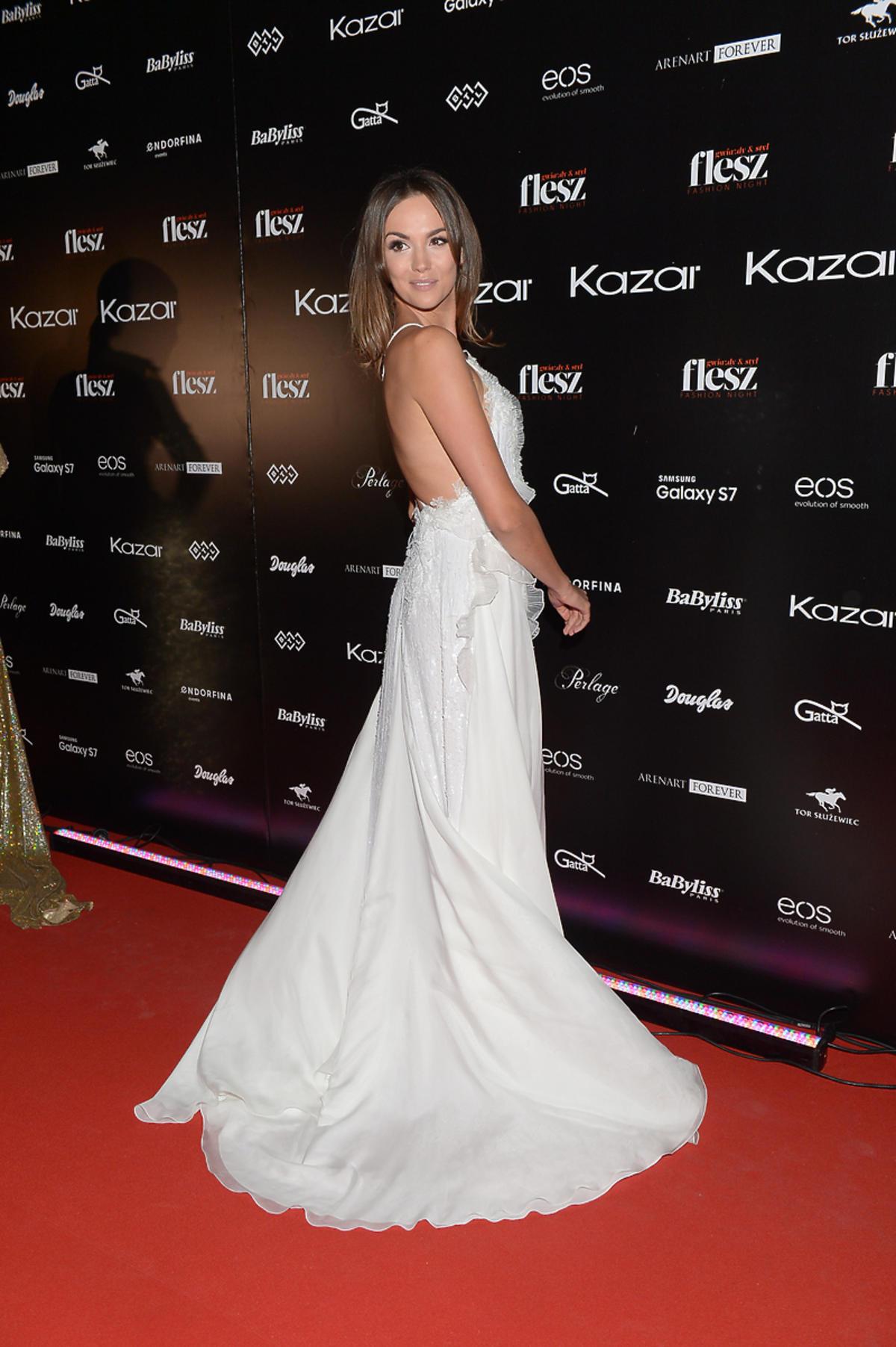 Paulina Krupińska w sukni Paprocki&Brzozowski na Flesz Fashion Night