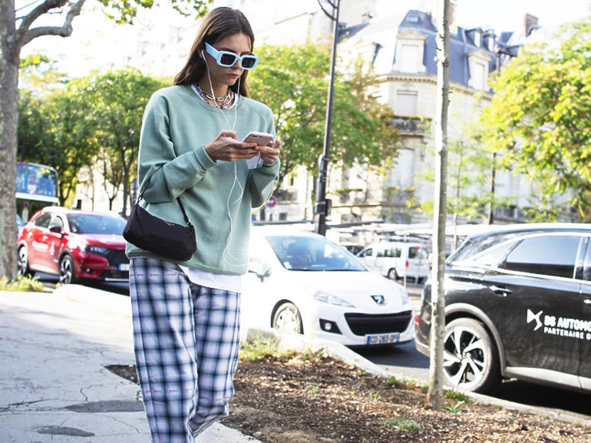 Trendy lato 2020. Oto 7 dodatków z H&M, Reserved, Zara do 30 złotych, które podkręcą każdy look