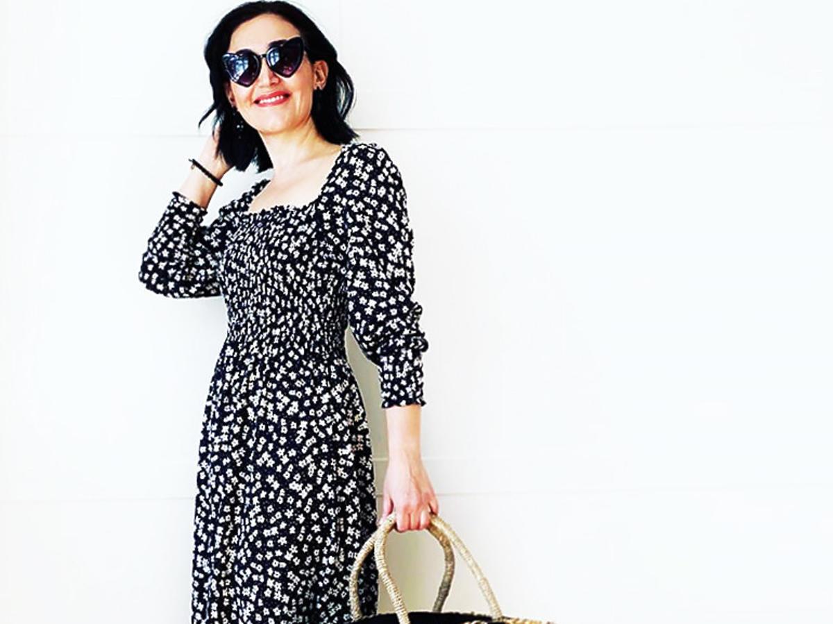 Trendy lato 2020. Sukienka z wyprzedaży z H&M to hit Instagram! Kosztuje 50 złotych, a wygląda na ultradrogą
