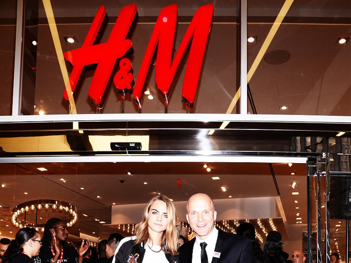 Wyprzedaż w H&M, listopad 2020 przed Black Friday