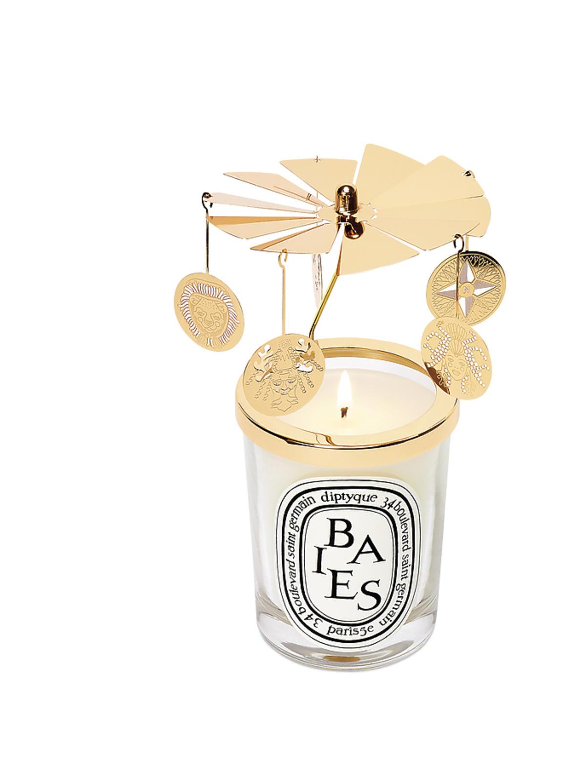 Karuzela na świeczkę, Dyptique, 215 zł (świeca sprzedawana jest osobno)