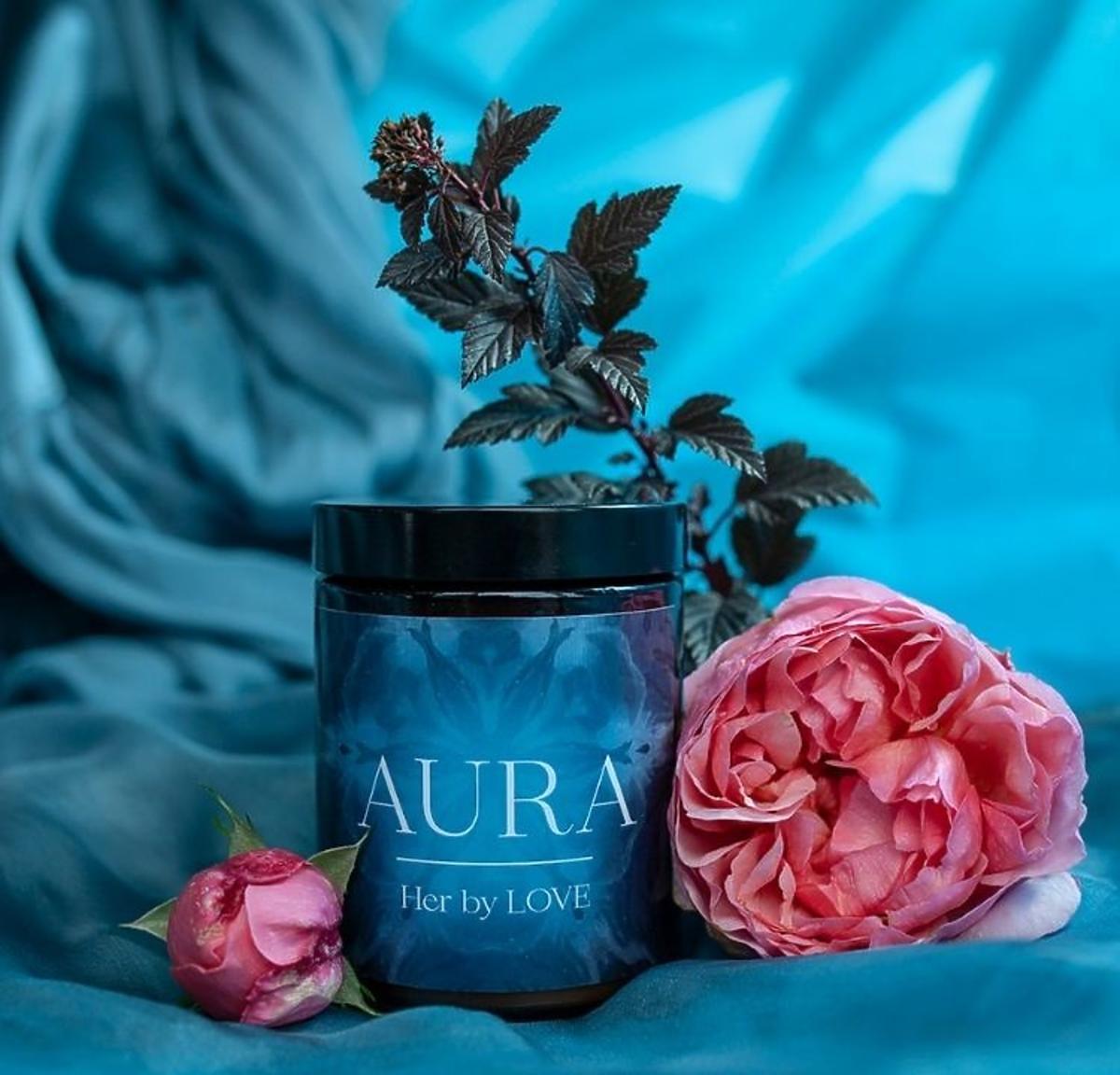 Świeca zapachowa Aura Her By LOVE