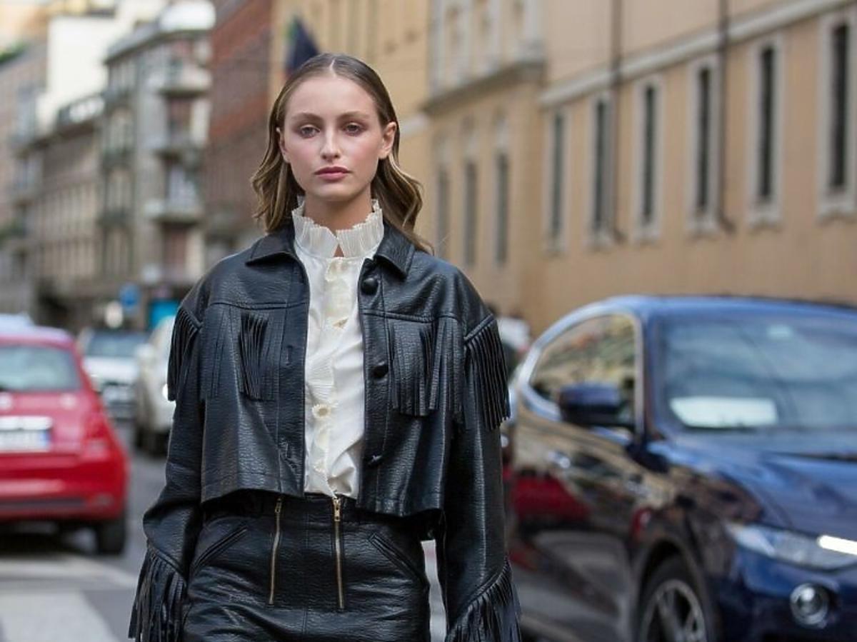 Zdjęcia uliczne z tygodnia mody w Mediolanie
