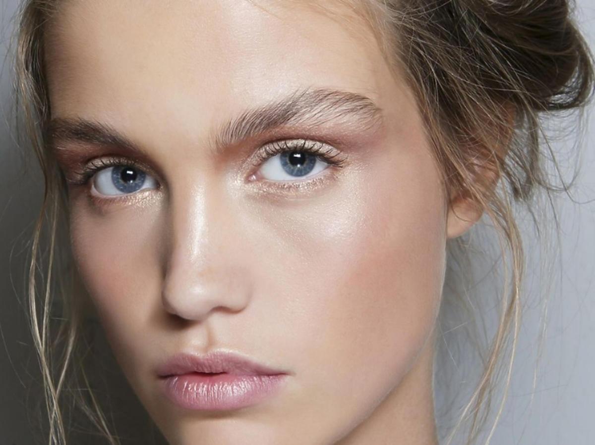 Kosmetyki przeciwko trądzikowi/Pinterest.com