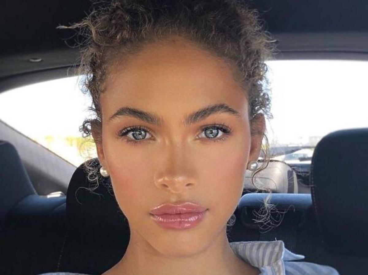 Makijaż wykonany z użyciem błyszczyka powiększającego usta
